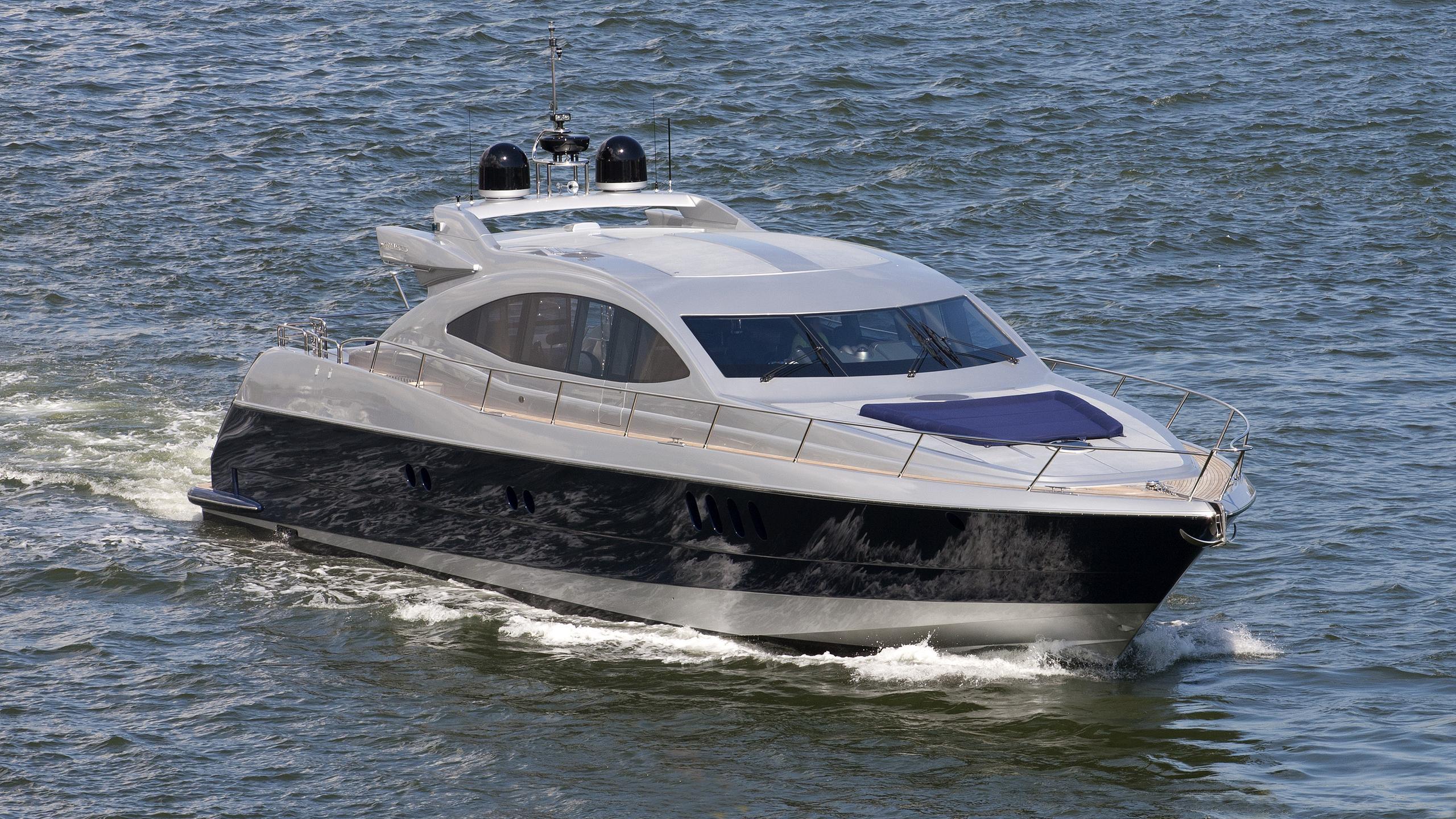 broadway-motor-yacht-warren-s87-sport-2007-26m-cruising