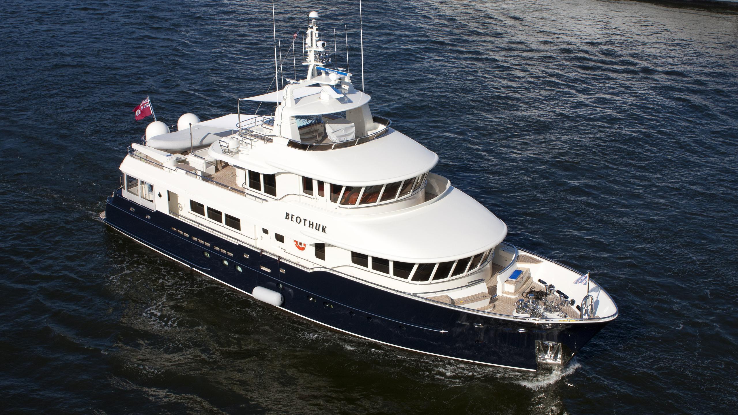 beothuk-ii-explorer-yacht-kuipers-2008-31m-aerial