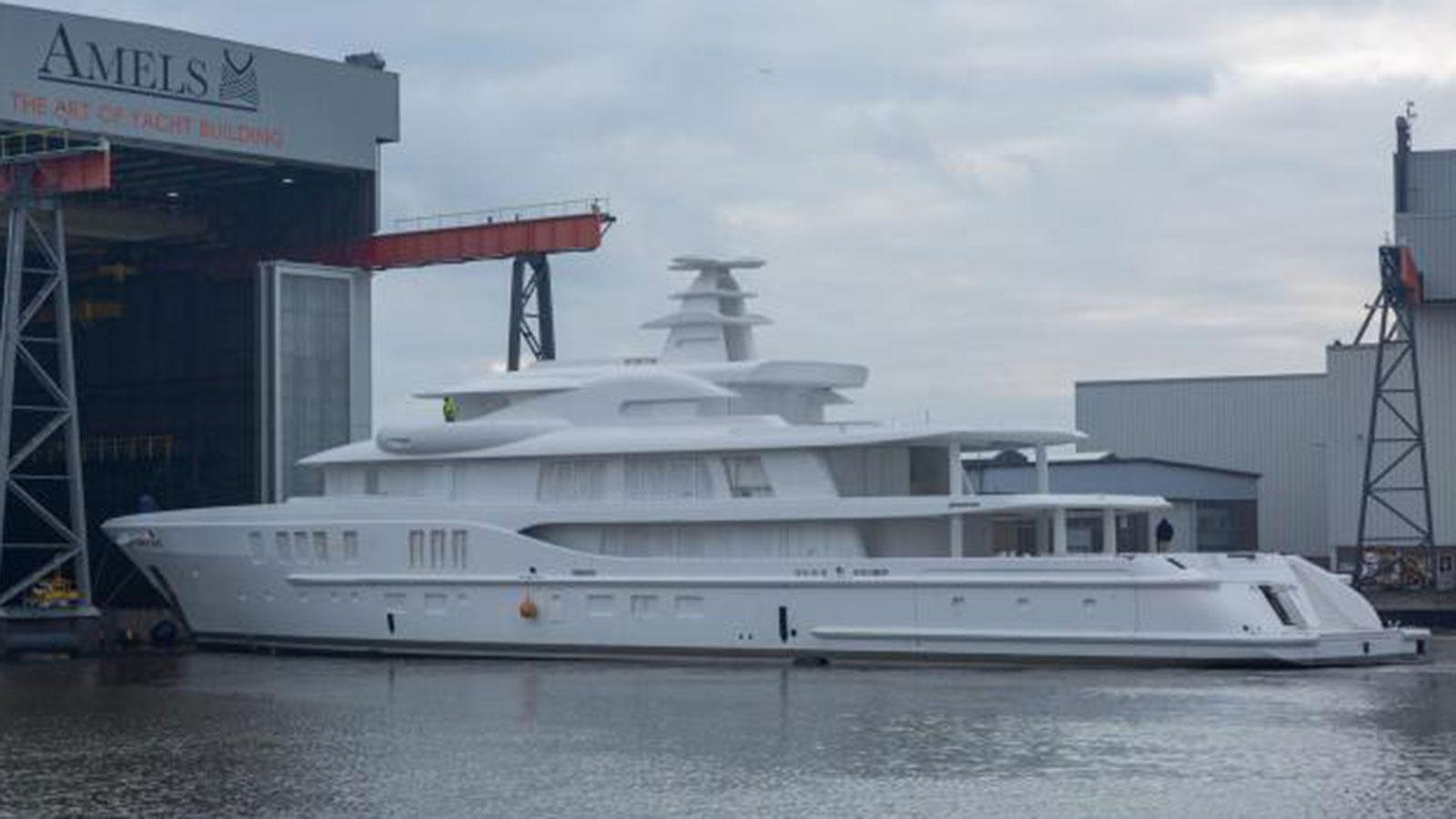 amels 24202 motoryacht amels le 242 74m 2017 under construction