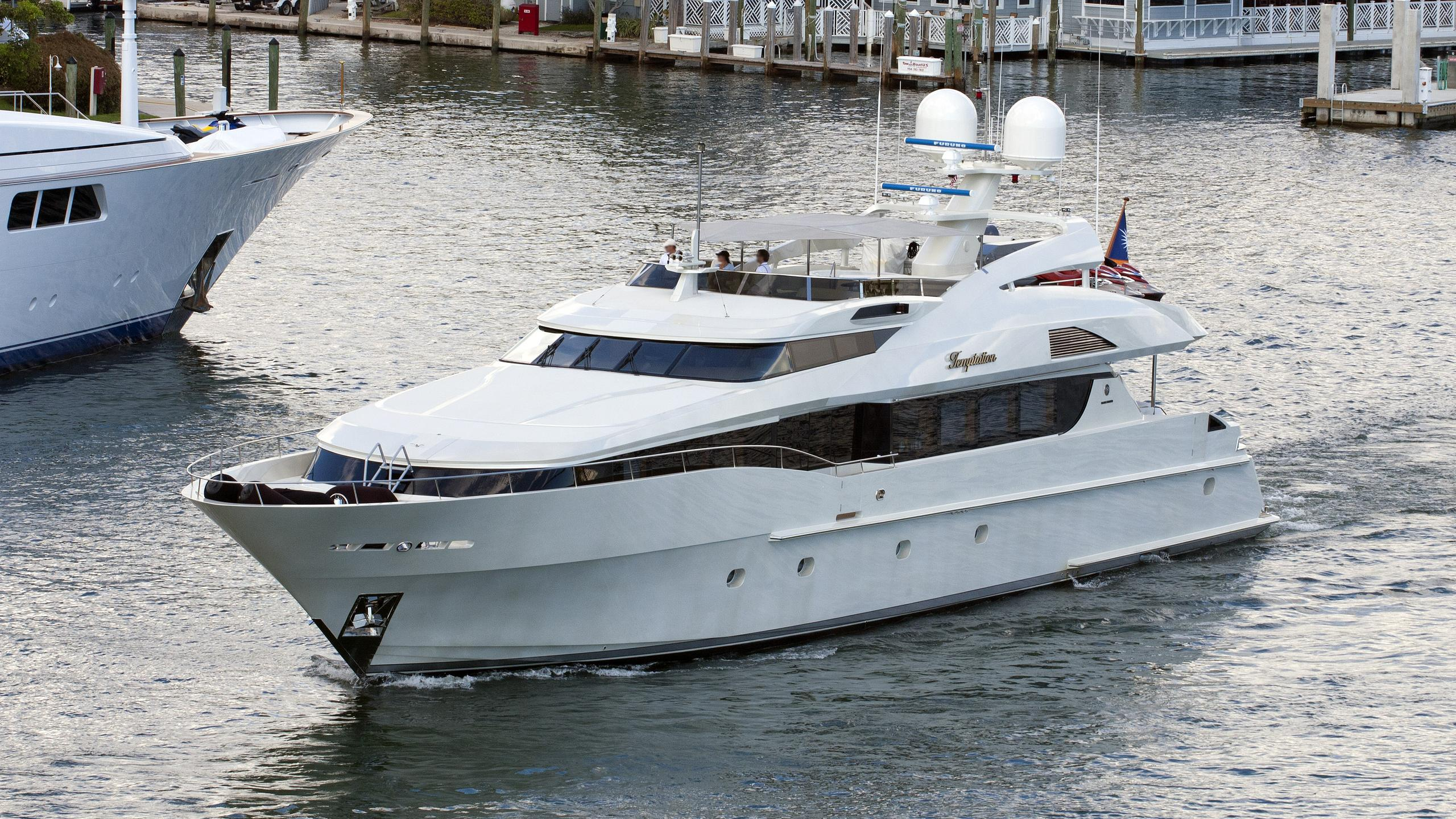 temptation-motor-yacht-palmer-johnson-123-fbmy-2004-38m-cruising