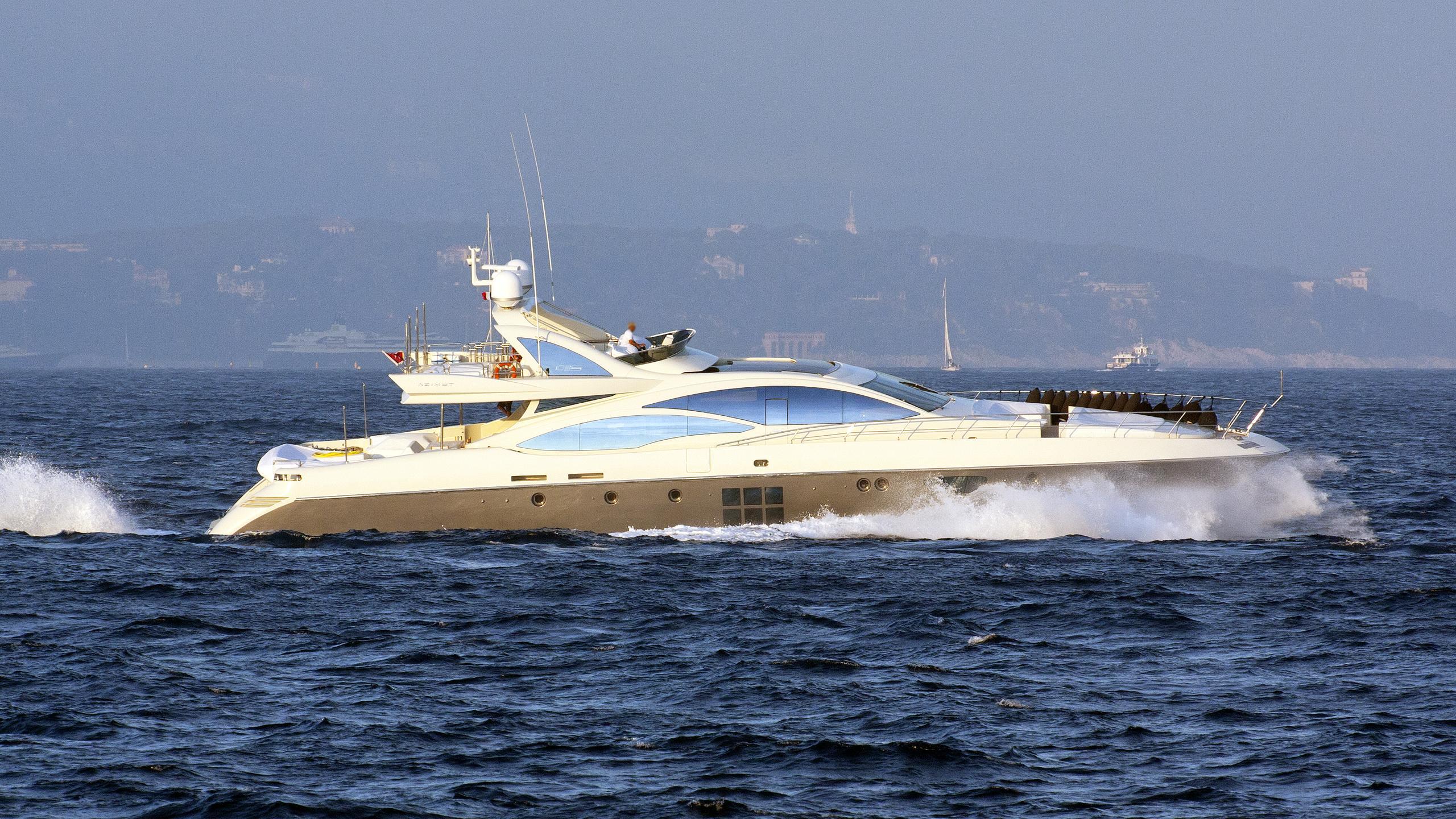 oxygen-2007-motor-yacht-azimut-103s-2007-31m-cruising