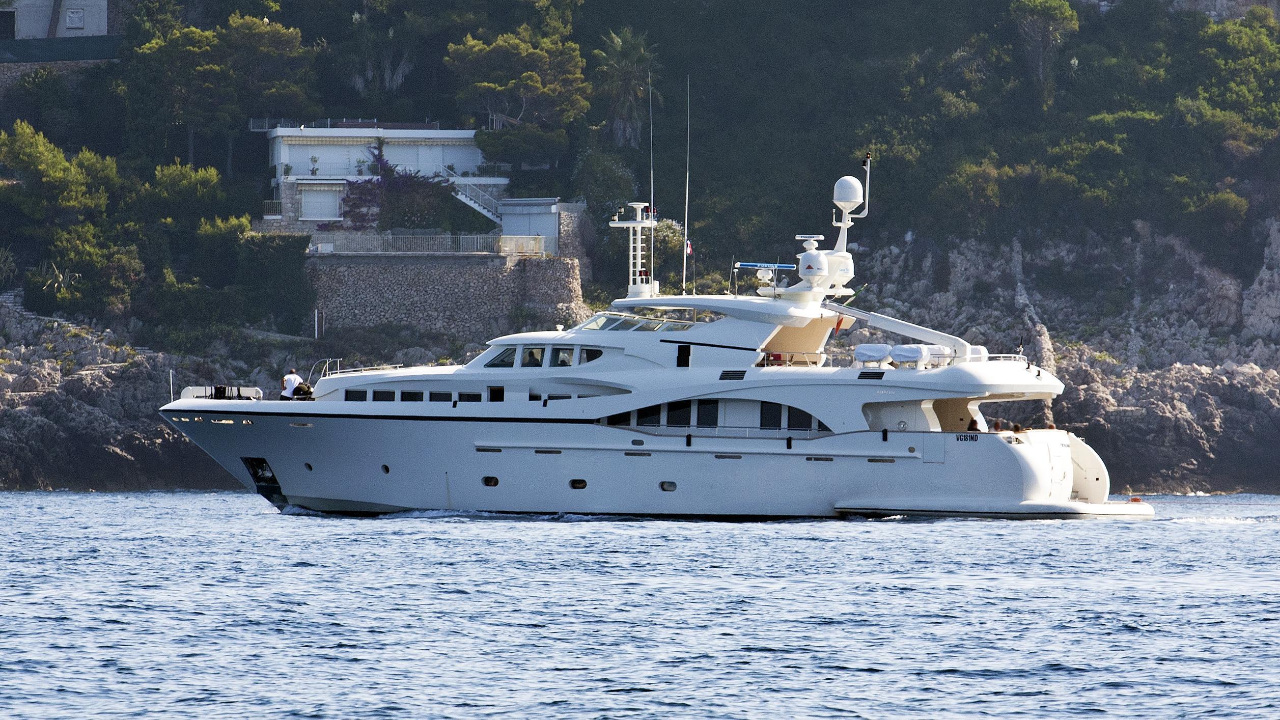ndem-moto-yacht-gianetti-navetta-105-2010-32m-profile