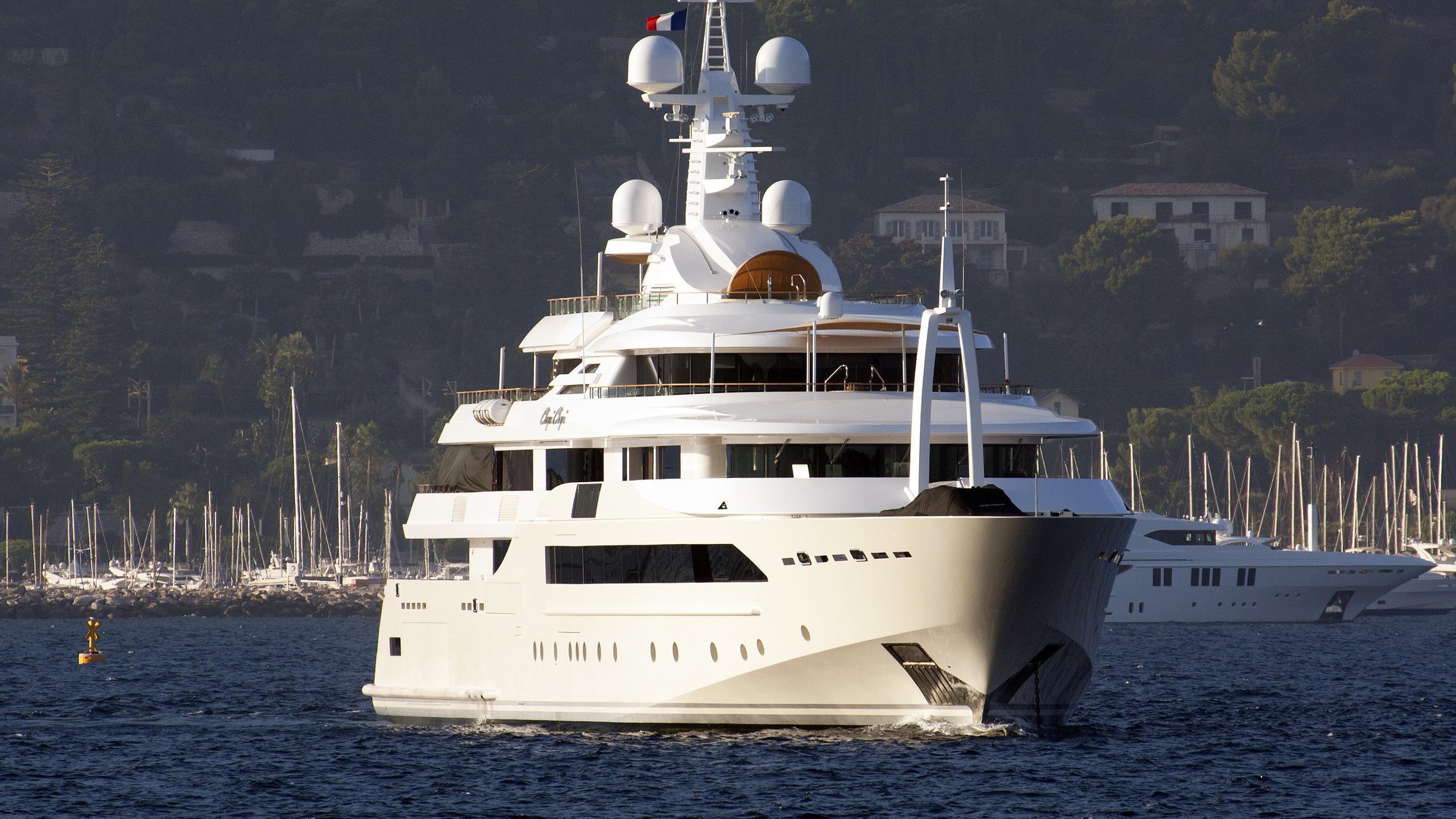 chopi-chopi-motor-yacht-crn-2013-80m-front-profile