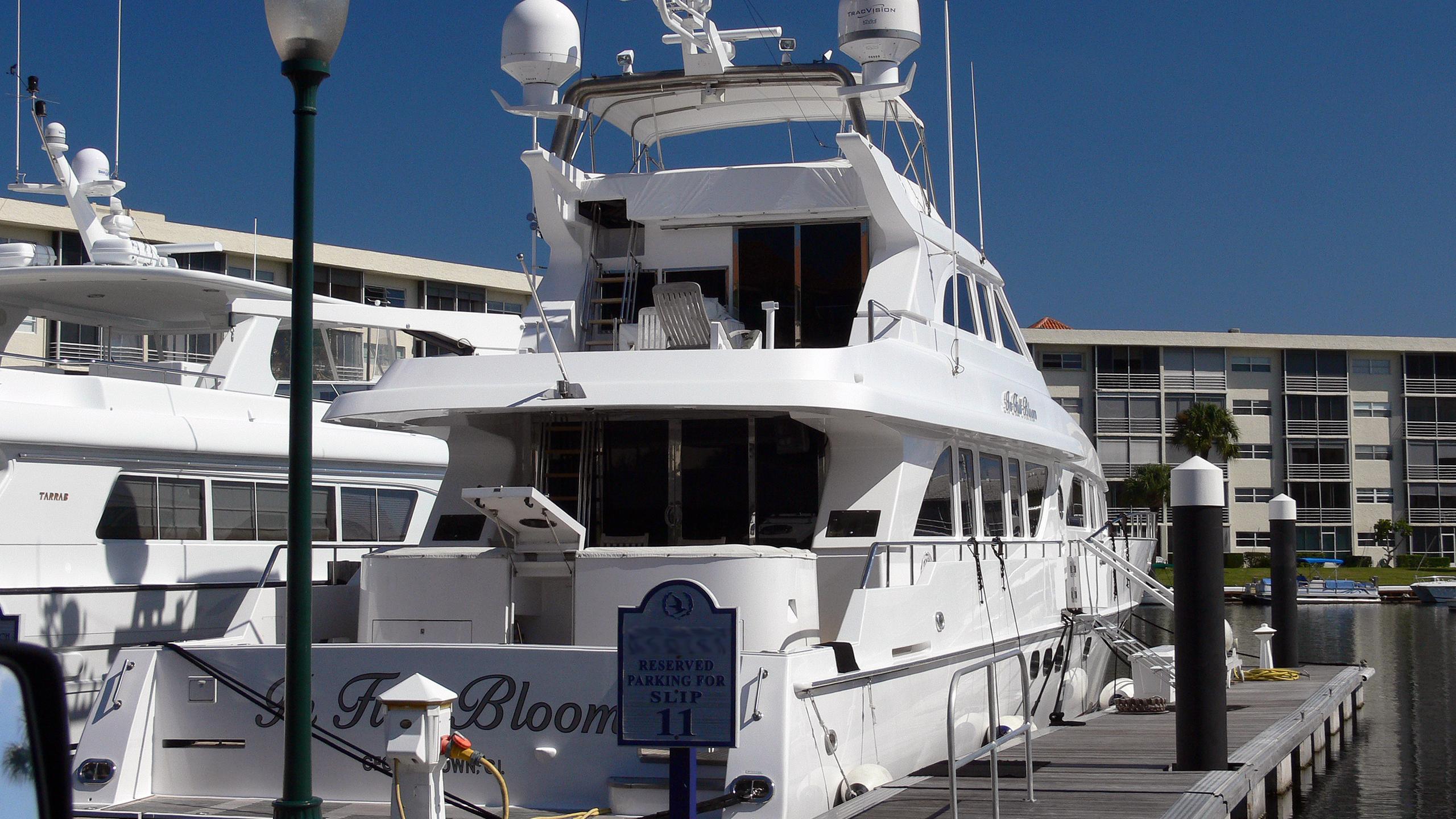 marbella-iii-in-full-bloom-motor-yacht-heisley-premier-95-custom-1999-29m-berth