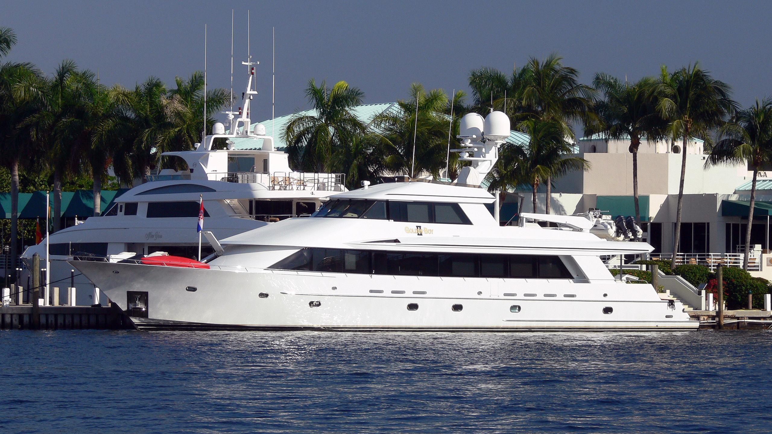 golden-boy-ii-motor-yacht-soverign-1998-35m-profile