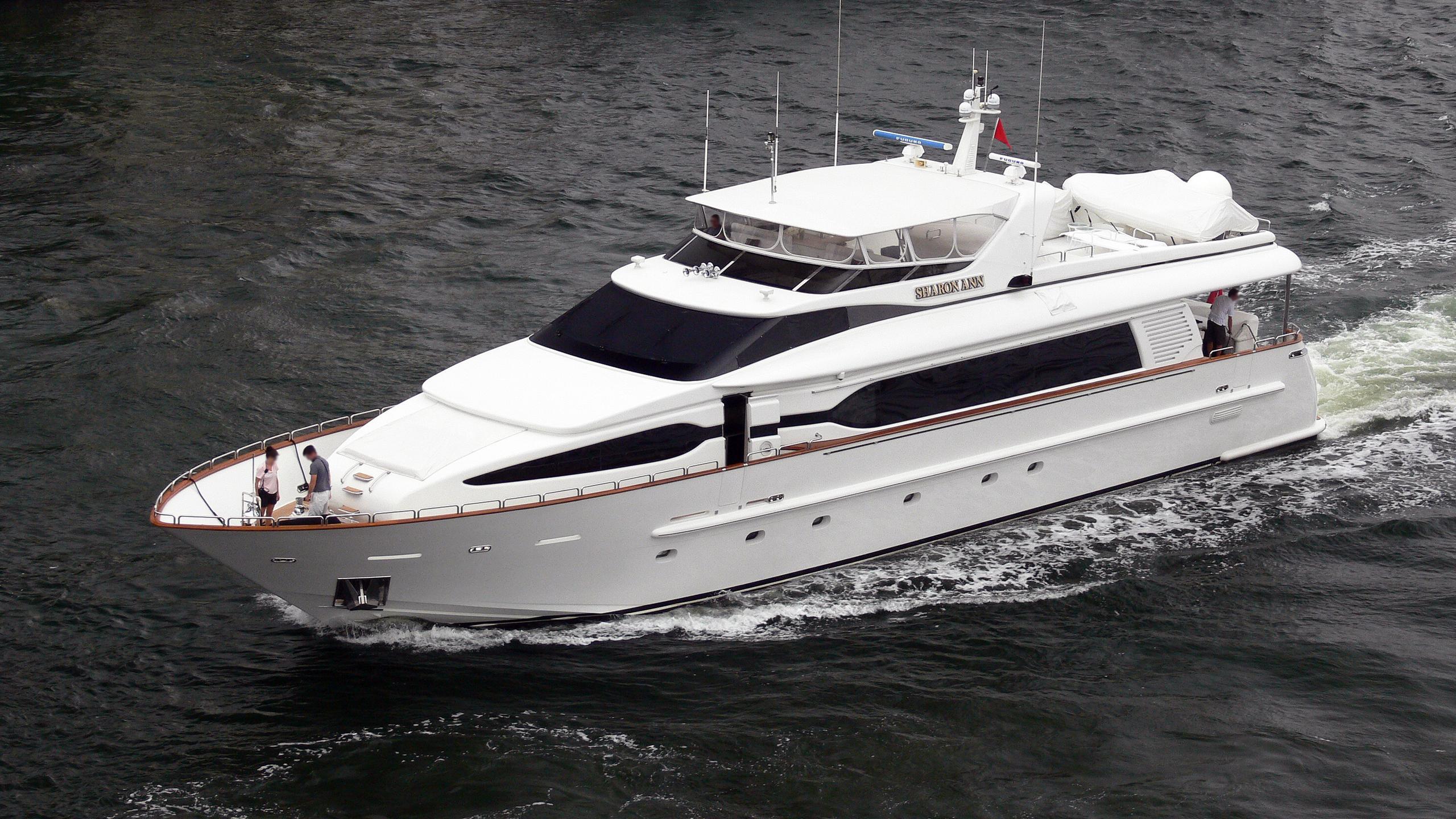 sharon-ann-motor-yacht-destiny-104-2002-32m-cruising