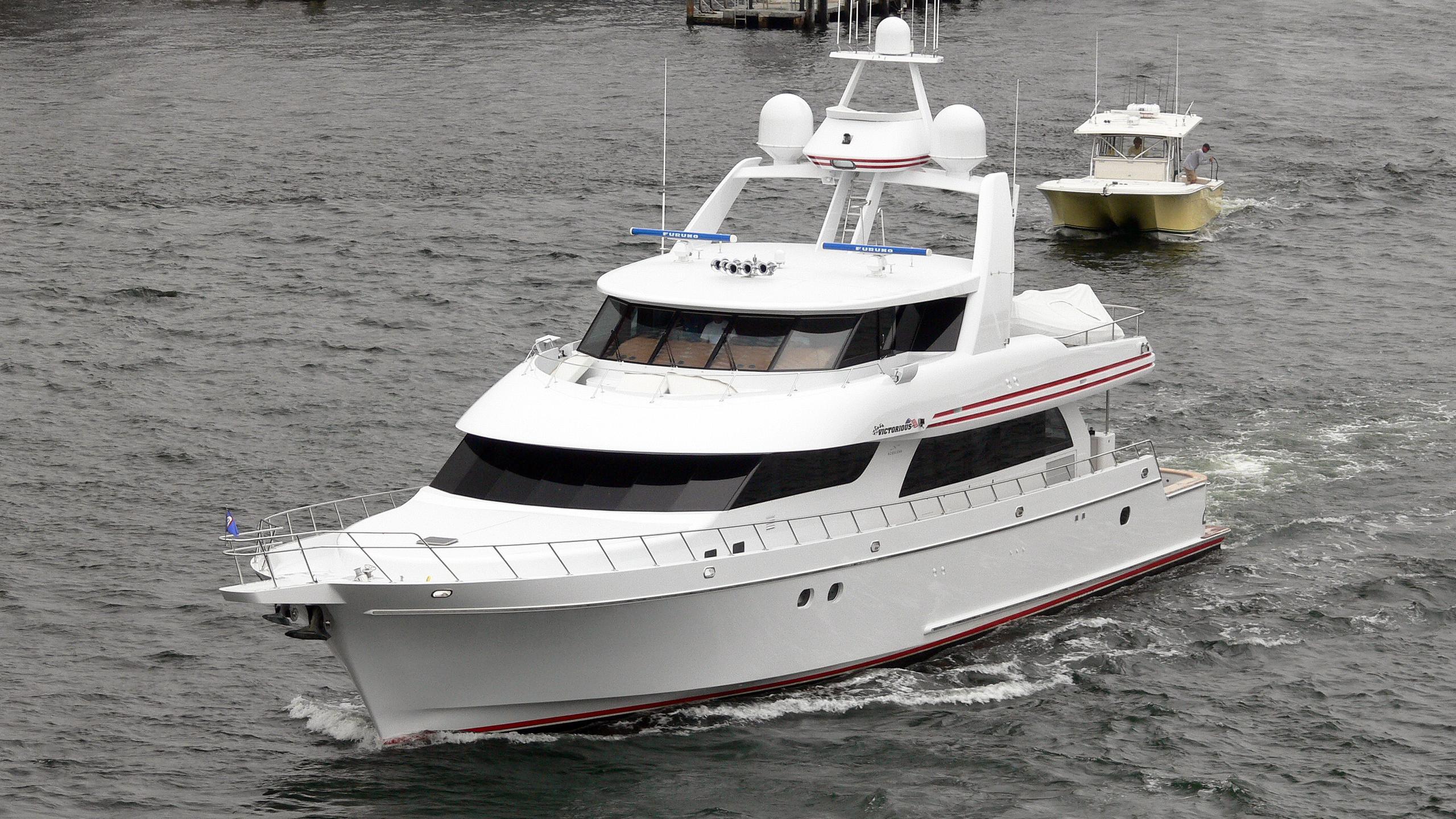victorious-motor-yacht-nordlund-2006-34m-cruising