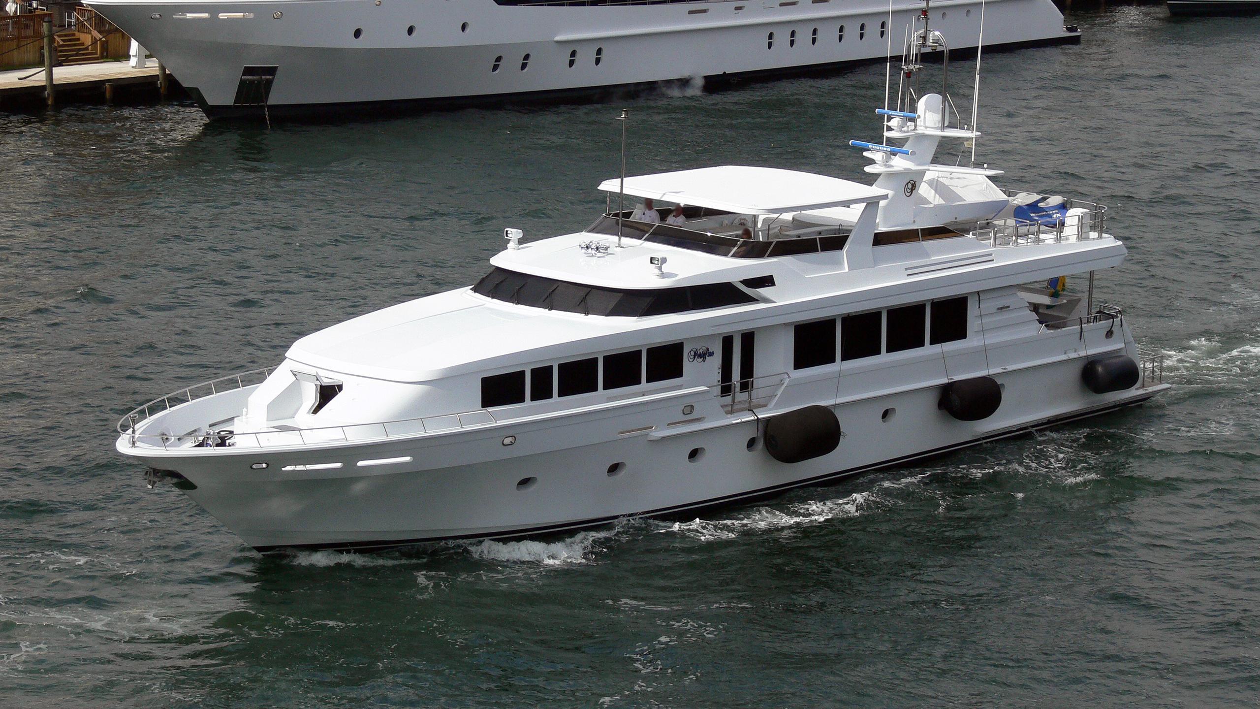 portofino-motor-yacht-intermarine-118-2001-36m-cruising