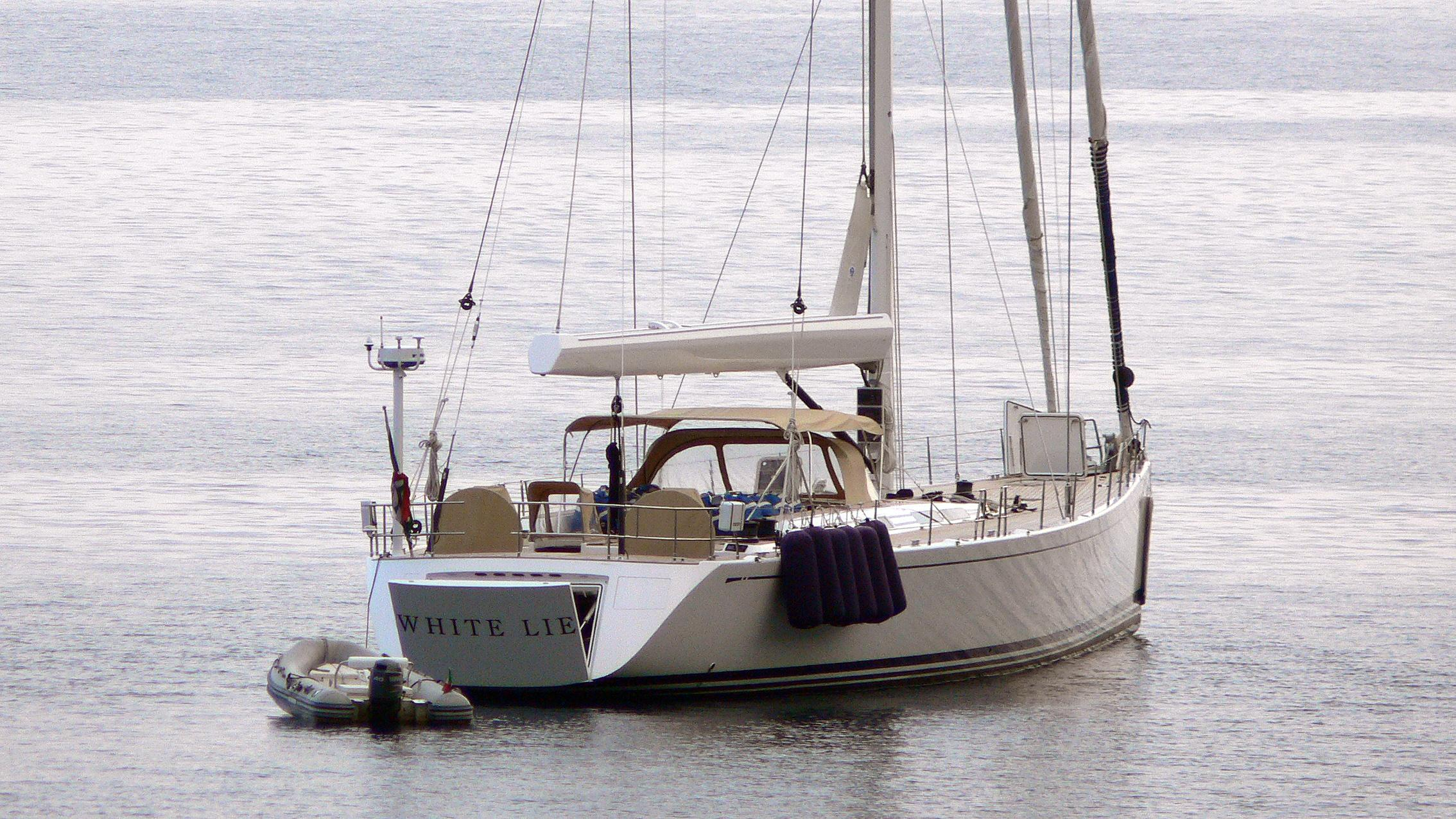 white-lie-sailing-yacht-nautors-swan-90-2008-28m-rear-profile