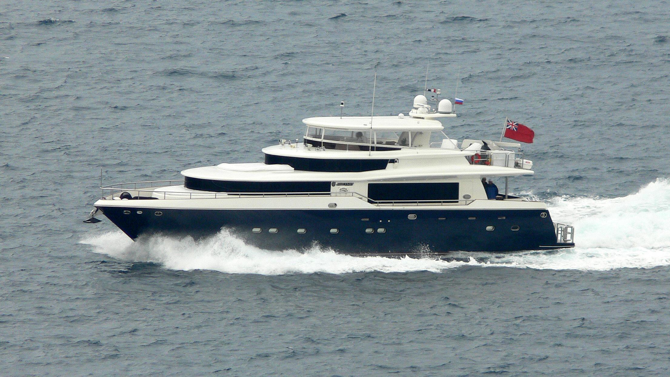sapphire-motor-yacht-johnson-87-2003-27m-cruising