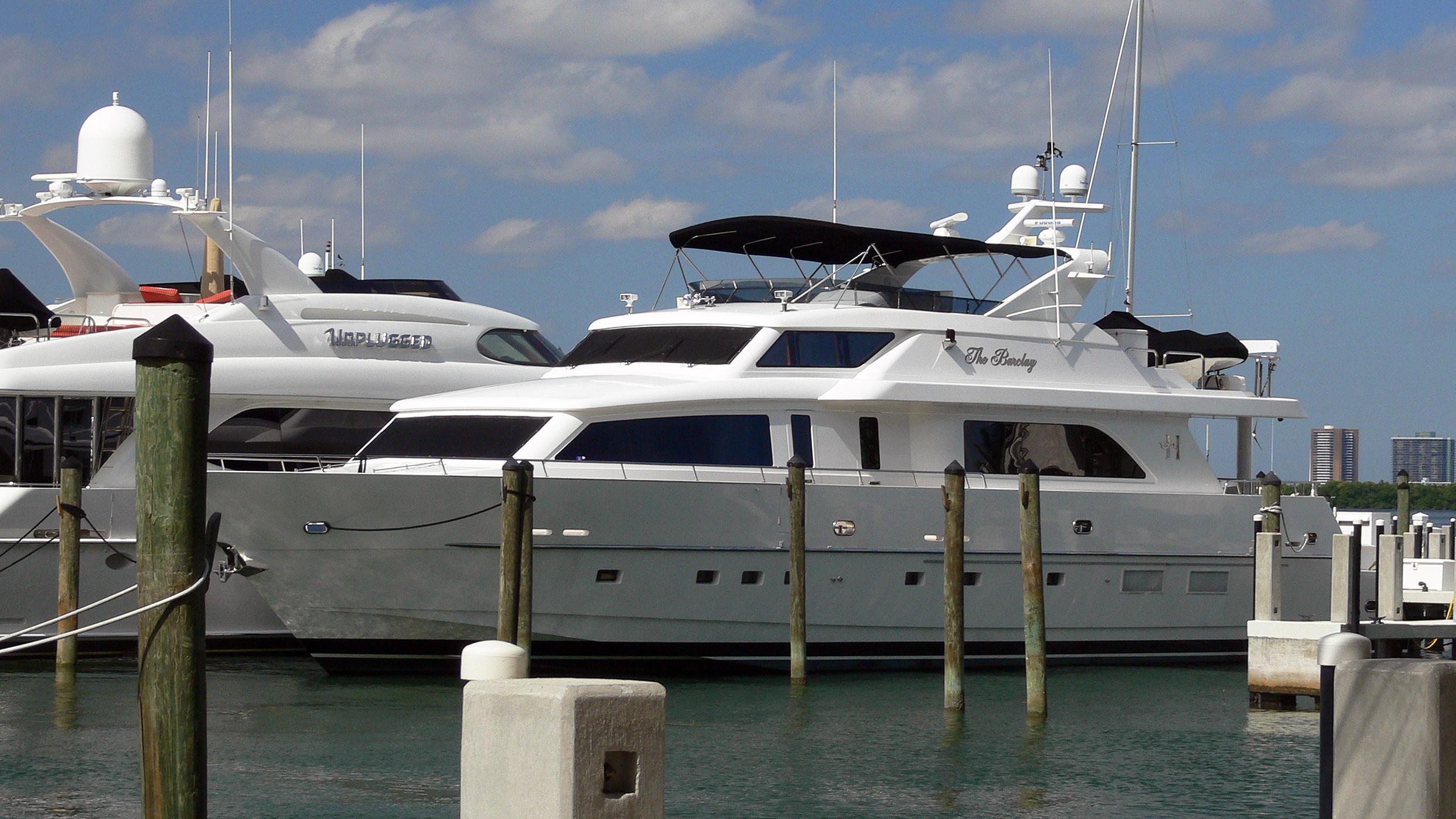 dolly-motor-yacht-hargrave-90-rph-2004-27m-berth-profile