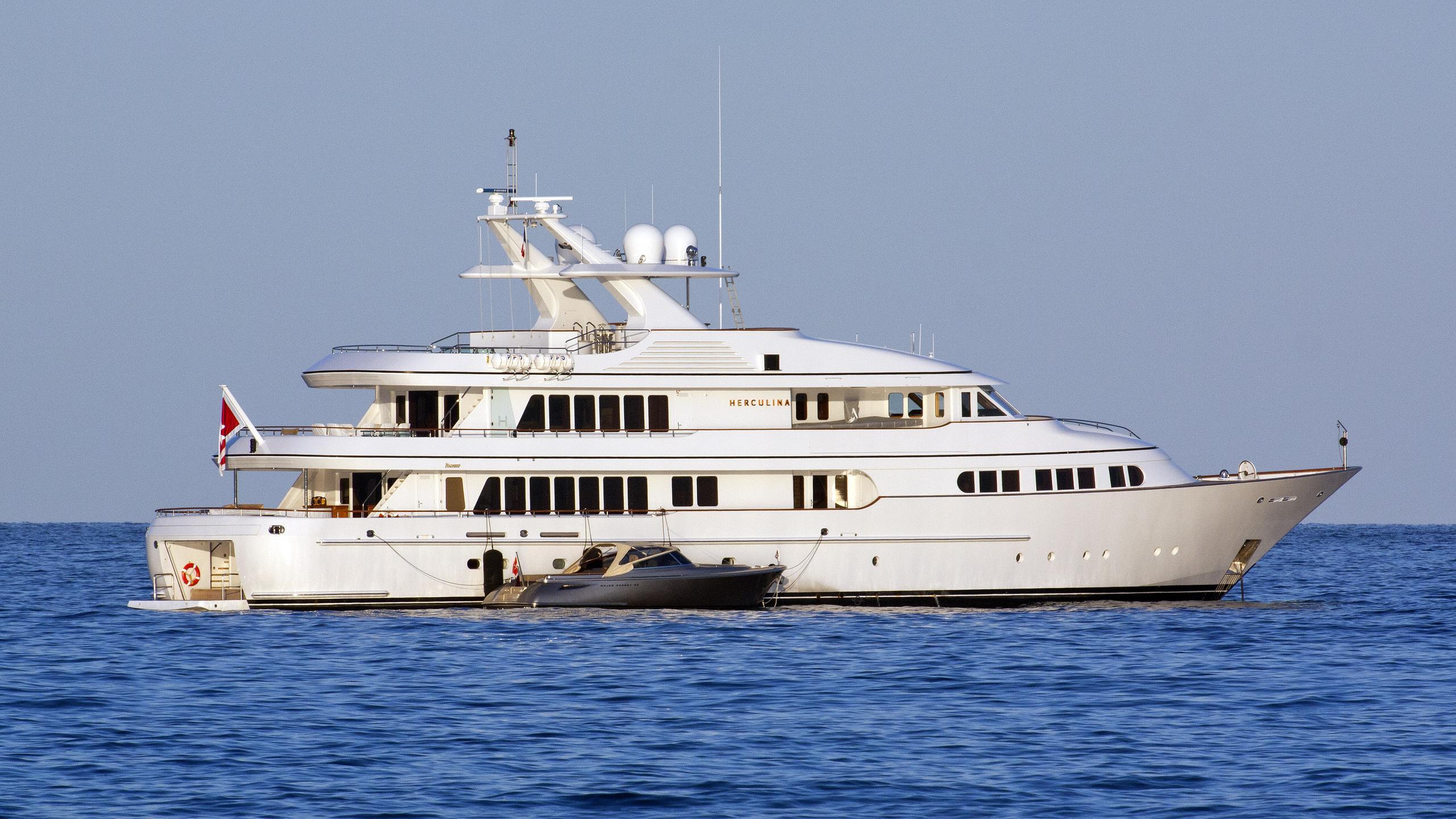 herculina-motor-yacht-feadship-1998-50m-profile