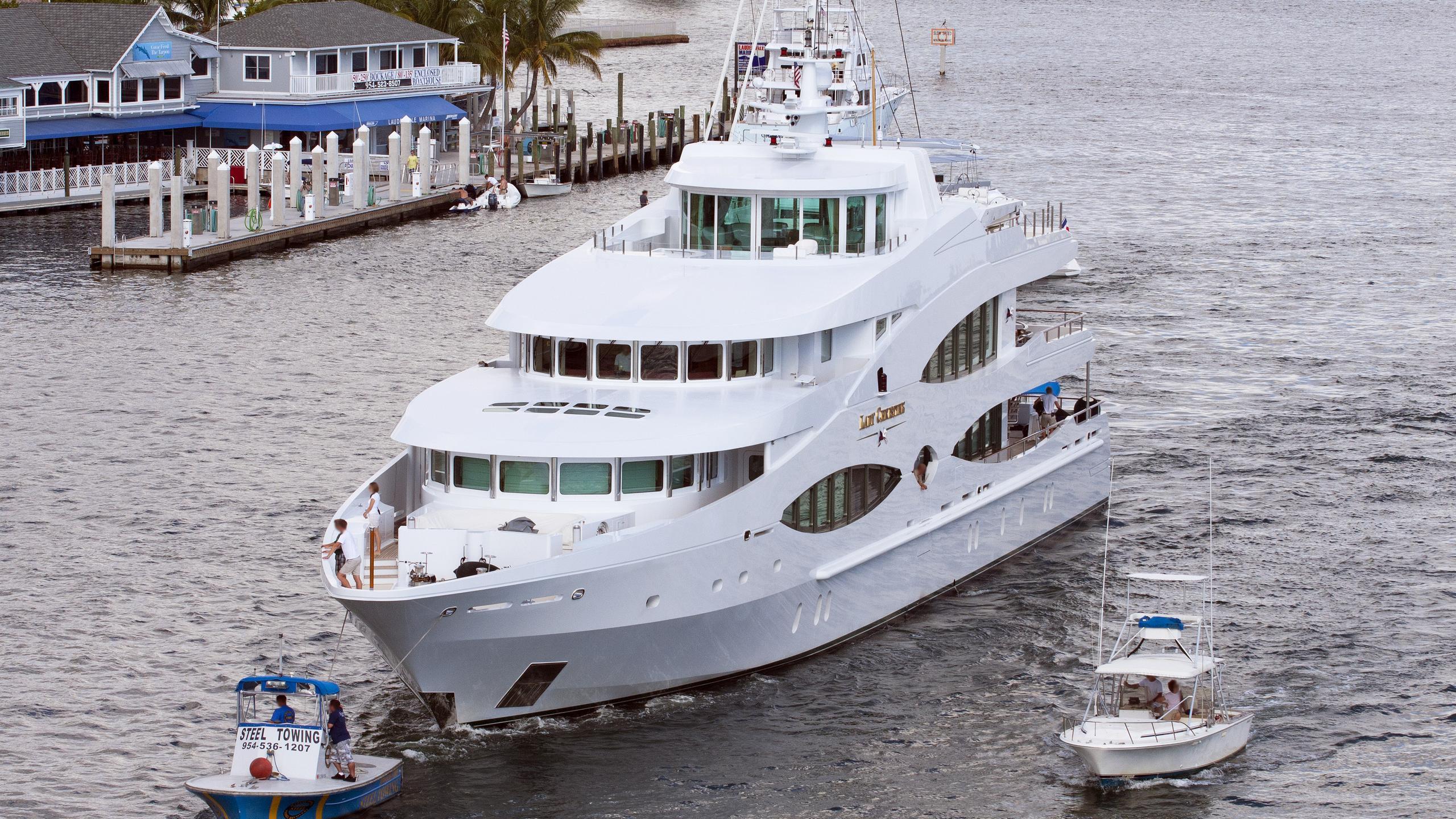 queen-mavia-motor-yacht-oceanco-2001-56m-bow