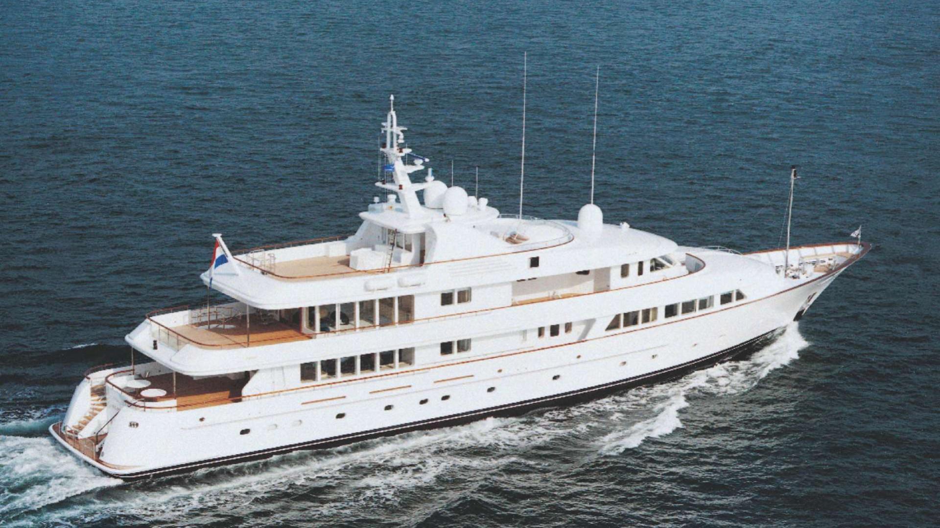 Olympia-motor-yacht-feadship-2002-57m-cruising