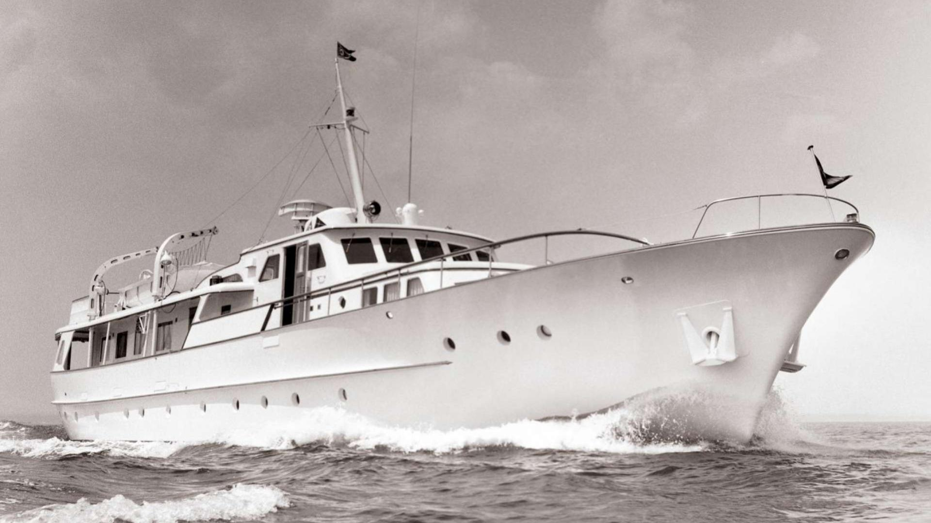 coral-ii-motor-yacht-feadship-1963-33m-cruising