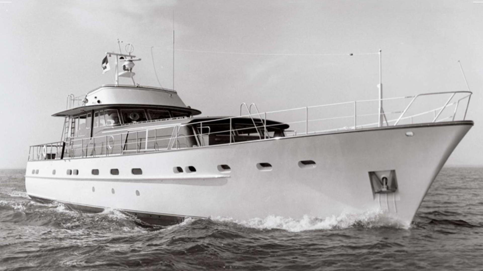 magica-stella-motor-yacht-feadship-carvelle-series-iii-1968-25m-cruising
