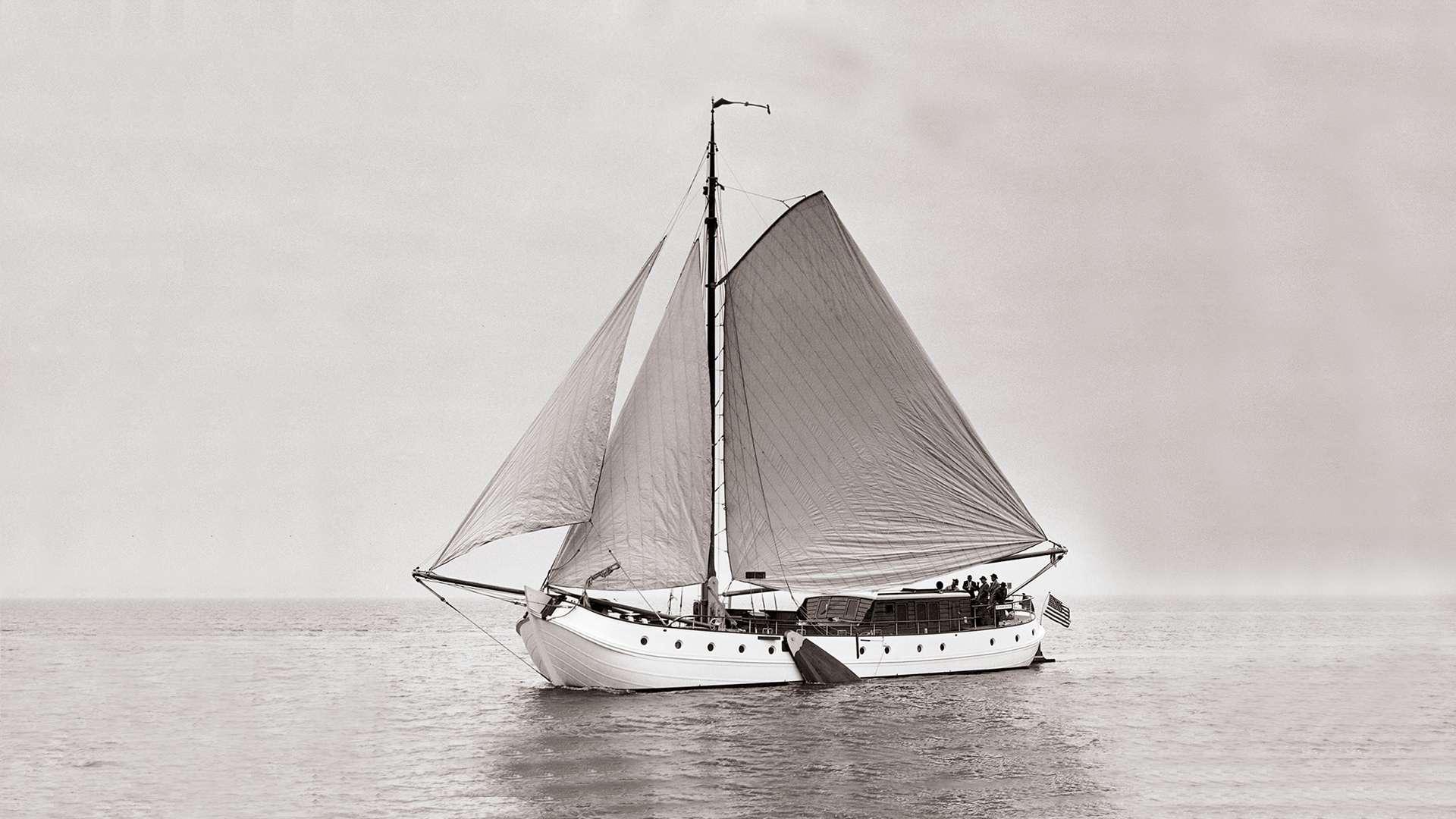 nicolette-sailing-yacht-feadship-1957-28m-profile