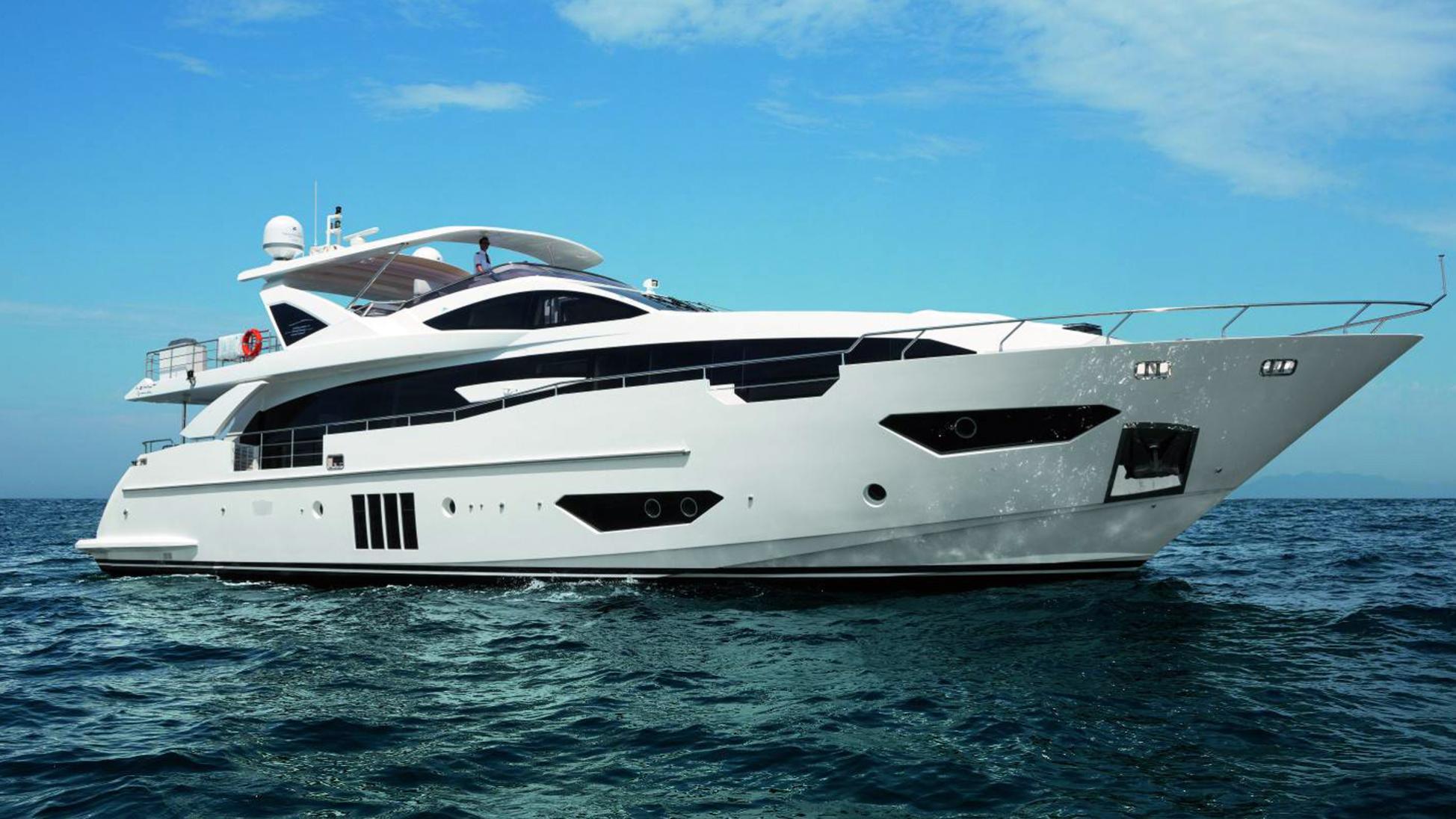 azimut-motor-yacht-95-rph-12-2014-29m-profile