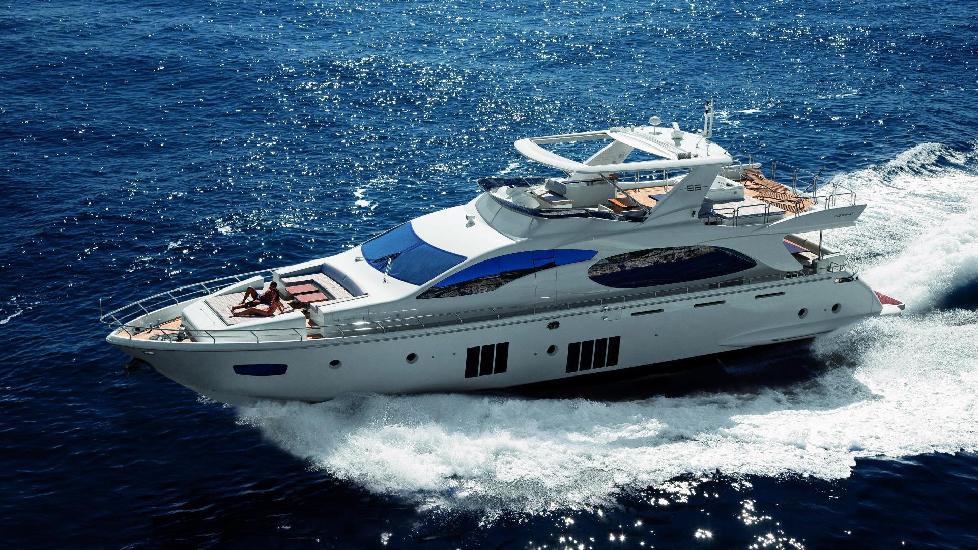 azimut-88-motor-yacht-2011-27m-aerial