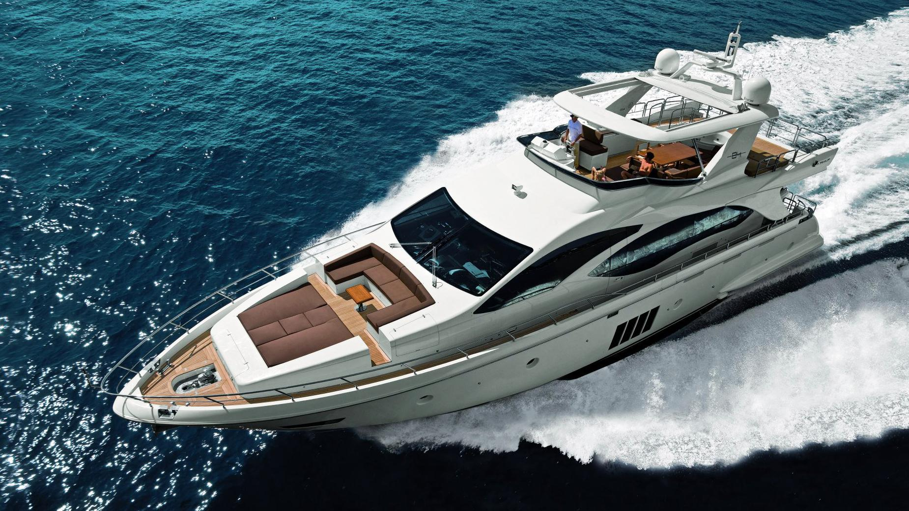 azimut-84-12-motor-yacht-2014-26m-aerial