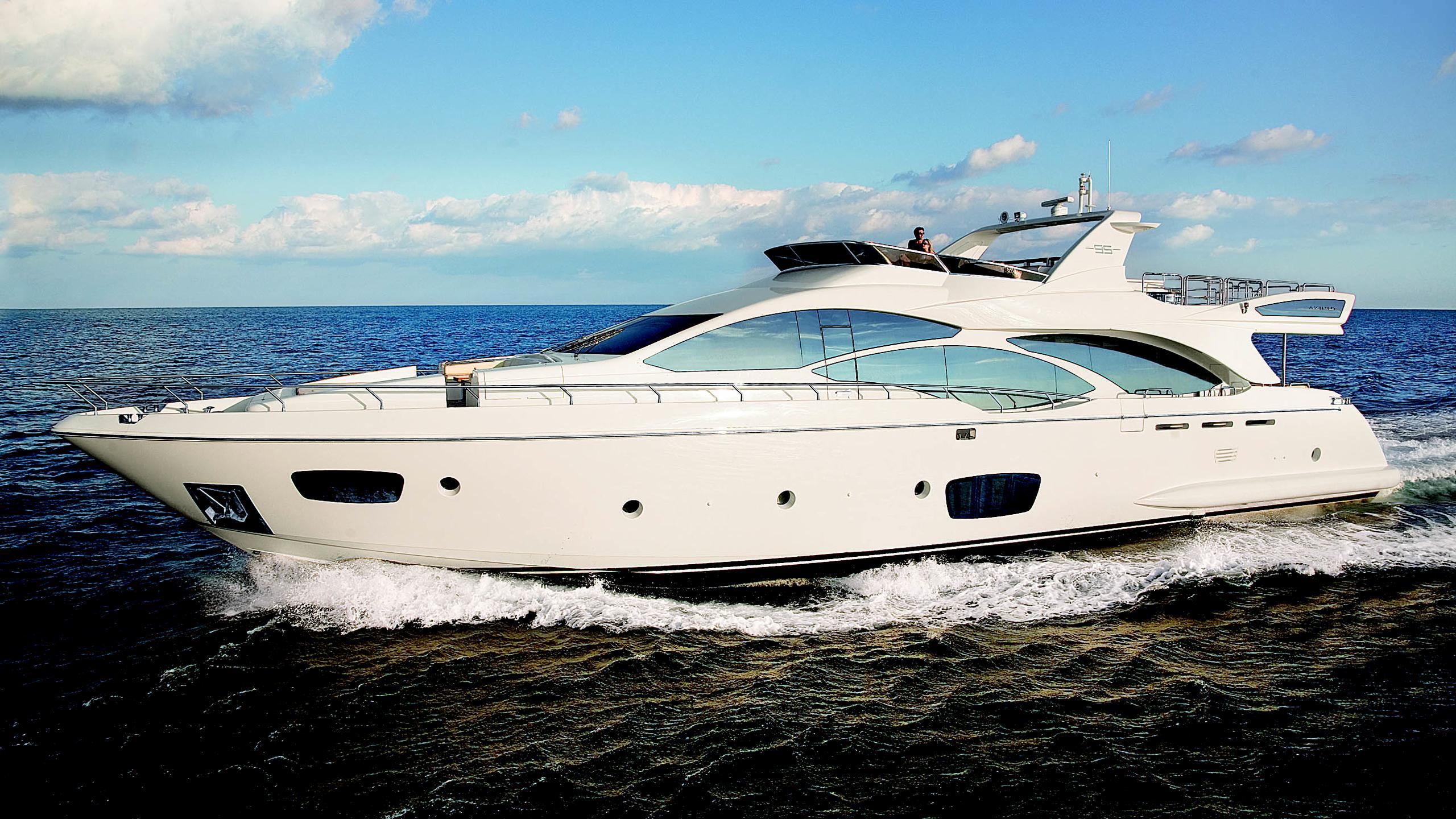 azimut-95-motor-yacht-2011-30m-profile