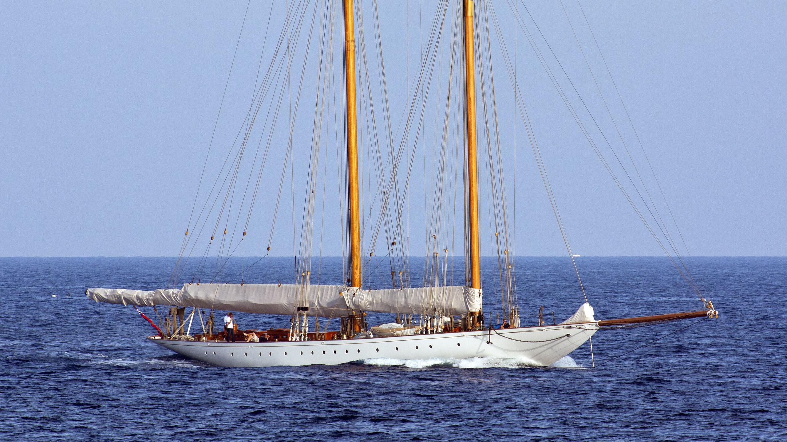 elena-sailing-yacht-fnm-2009-55m-profile