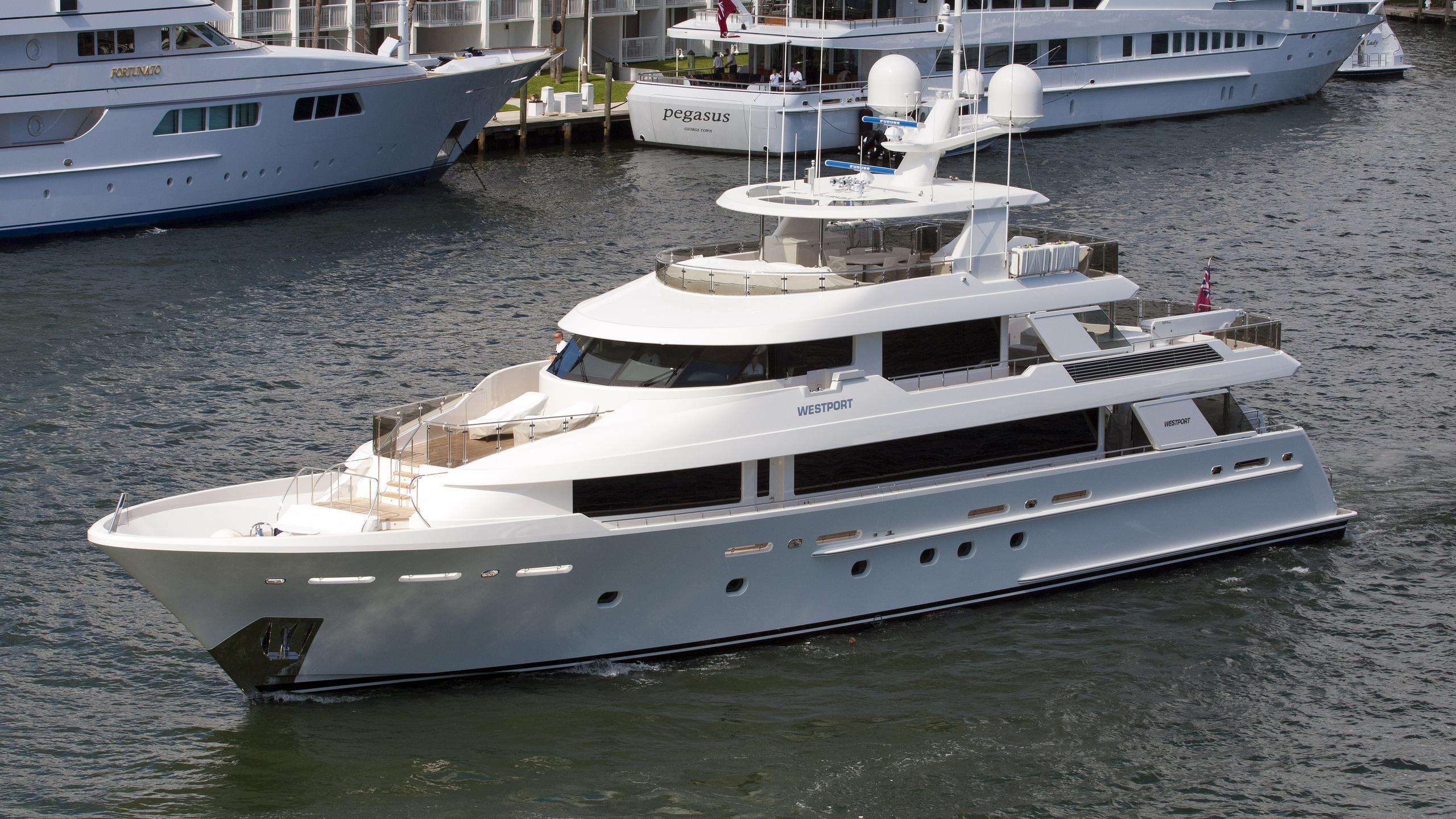 angel-wings-motor-yacht-westport-130-2012-40m-half-profile