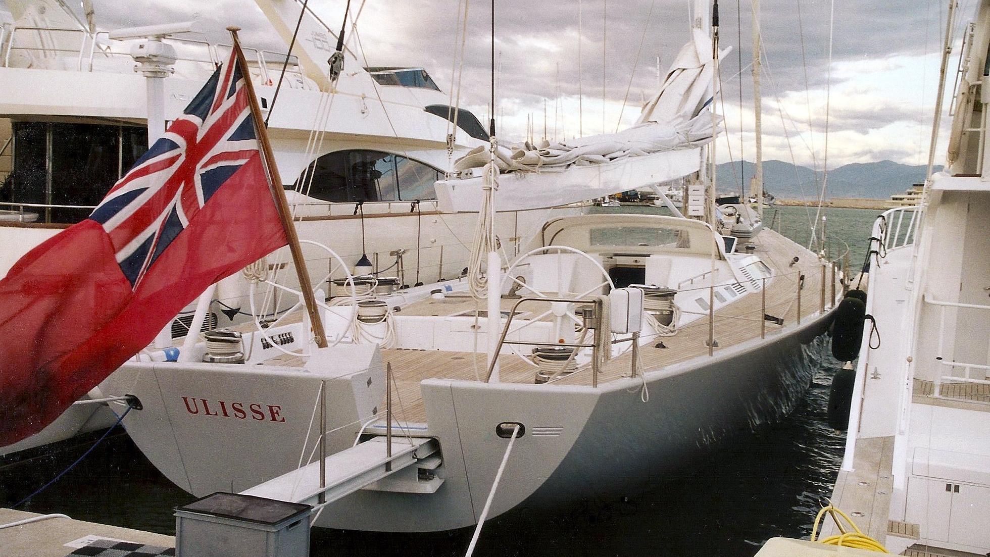 ulisse-sailing-yacht-green-marine-20000-32m-stern