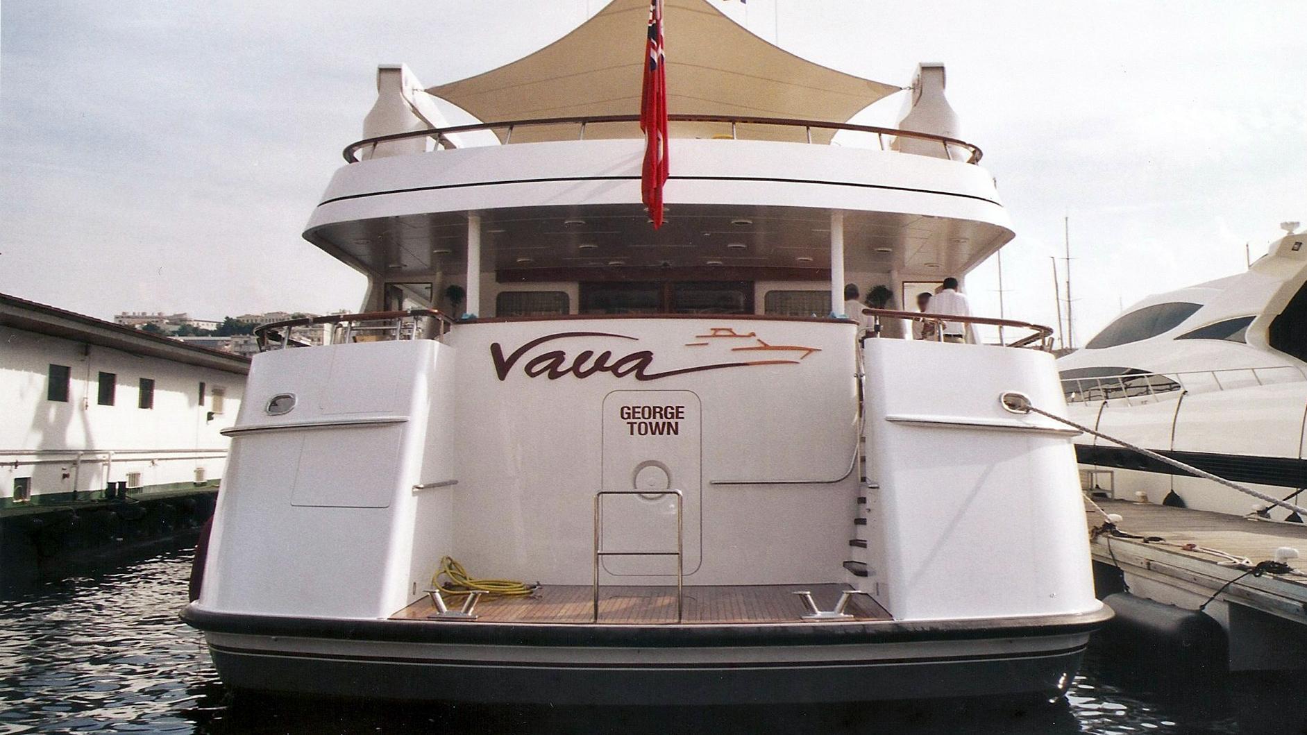 vava-motor-yacht-feadship-1996-47m-stern
