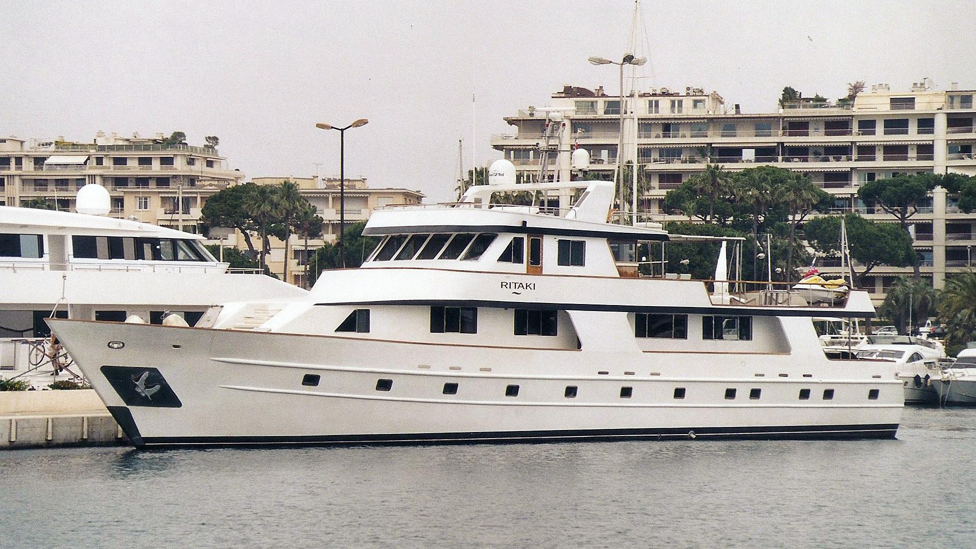 spirit of fortitude ritaki motoryacht karadeniz 1997 34m half profile