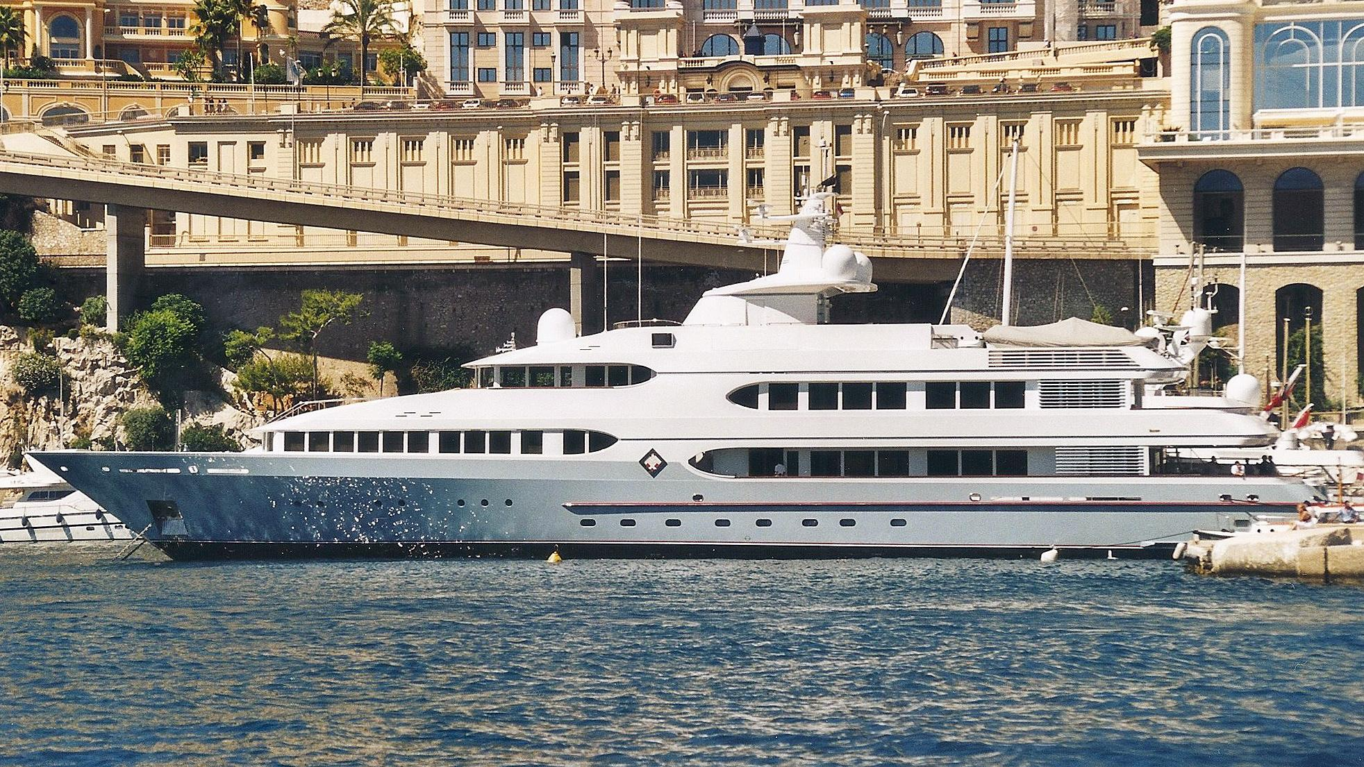 samax-motor-yacht-feadship-1996-55m-profile