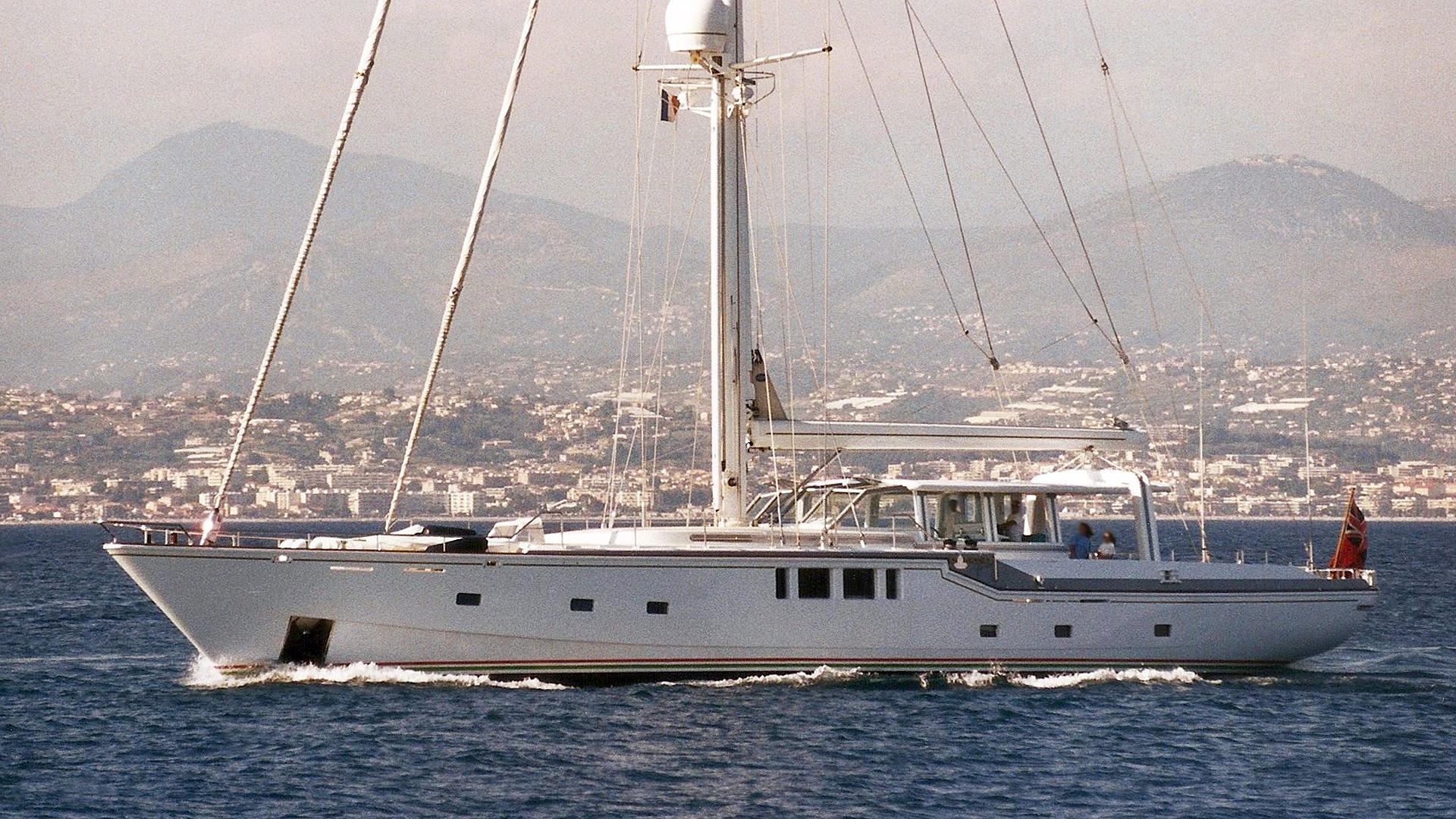 diamonds-for-ever-sailing-yacht-royal-huisman-1987-36m-profile