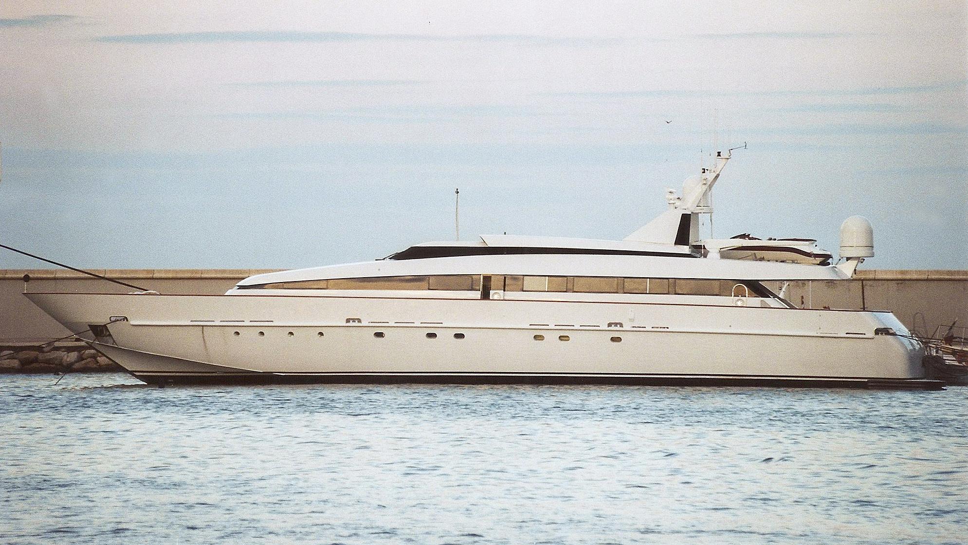 adler-motor-yacht-baglietto-1987-36m-profile