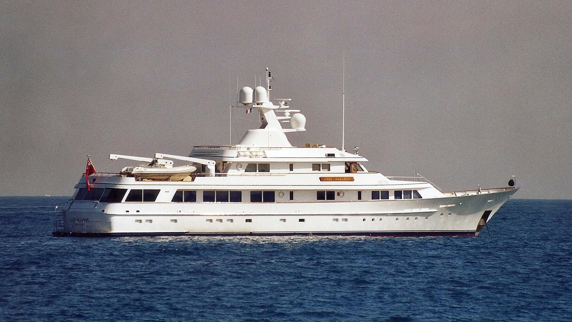 endless-summer-motor-yacht-feadship-1991-46m-profile