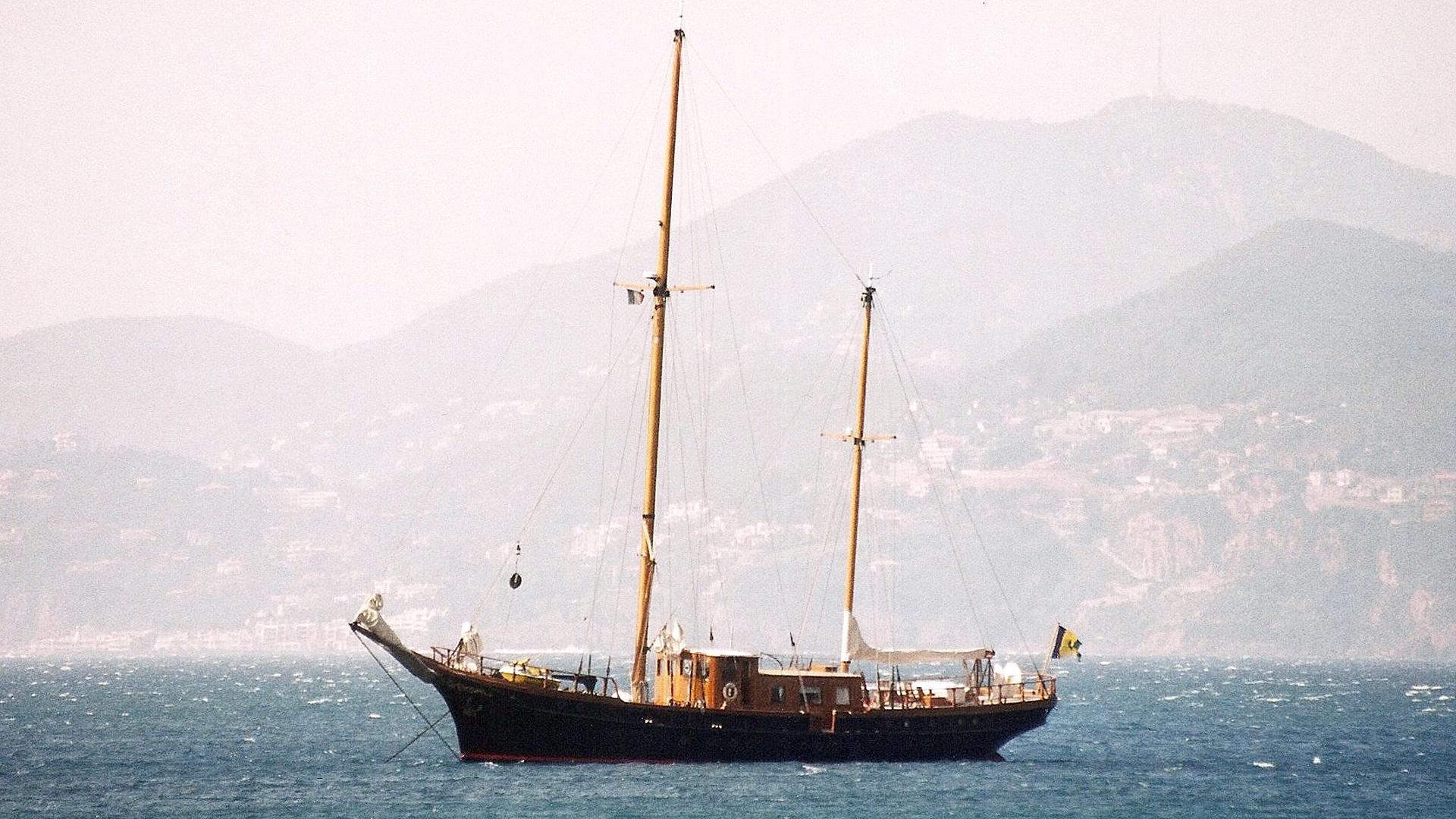 cassiopeia-sailing-ycaht-aurilia-1946-37m-profile