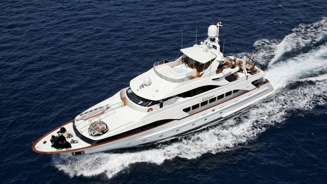 satine-motor-yacht-benetti-classic-115-2001-35m-aerial