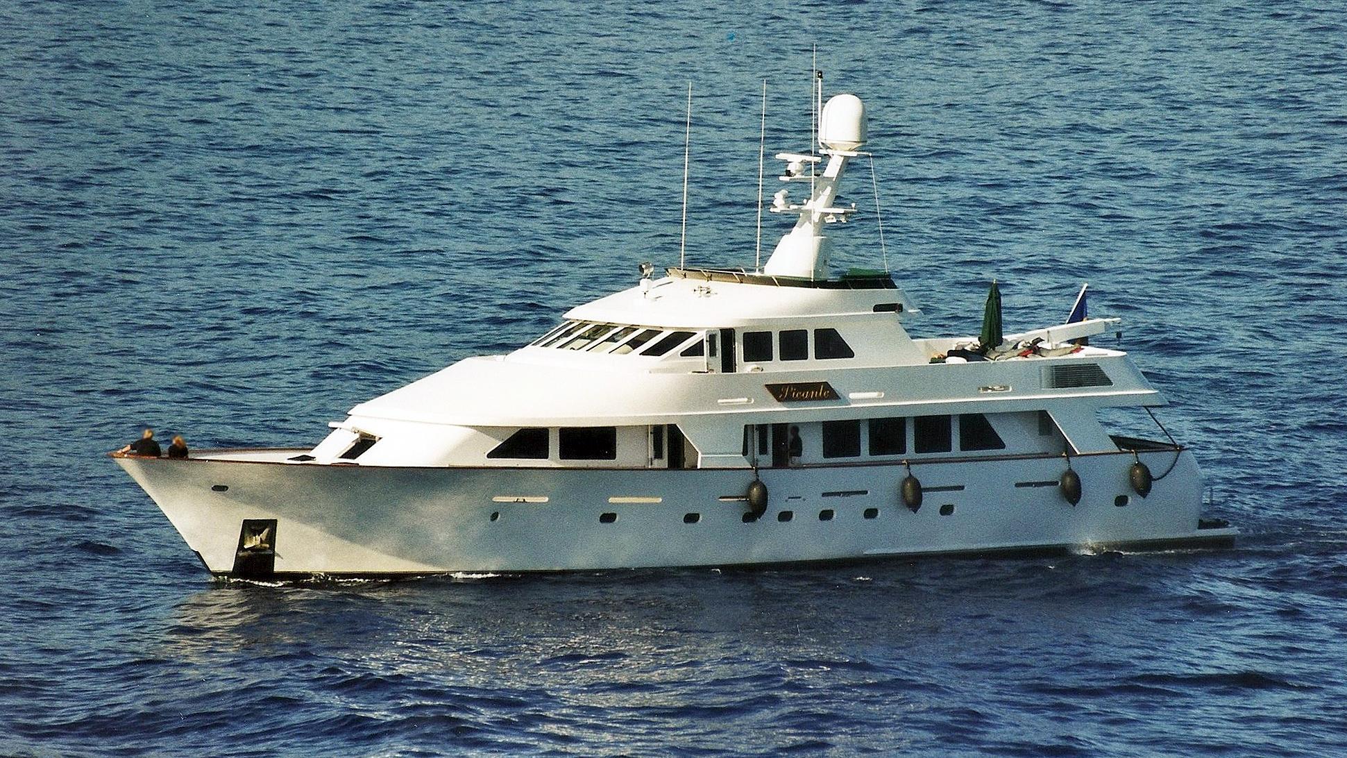 picante-motor-yacht-christensen-1989-37m-profile