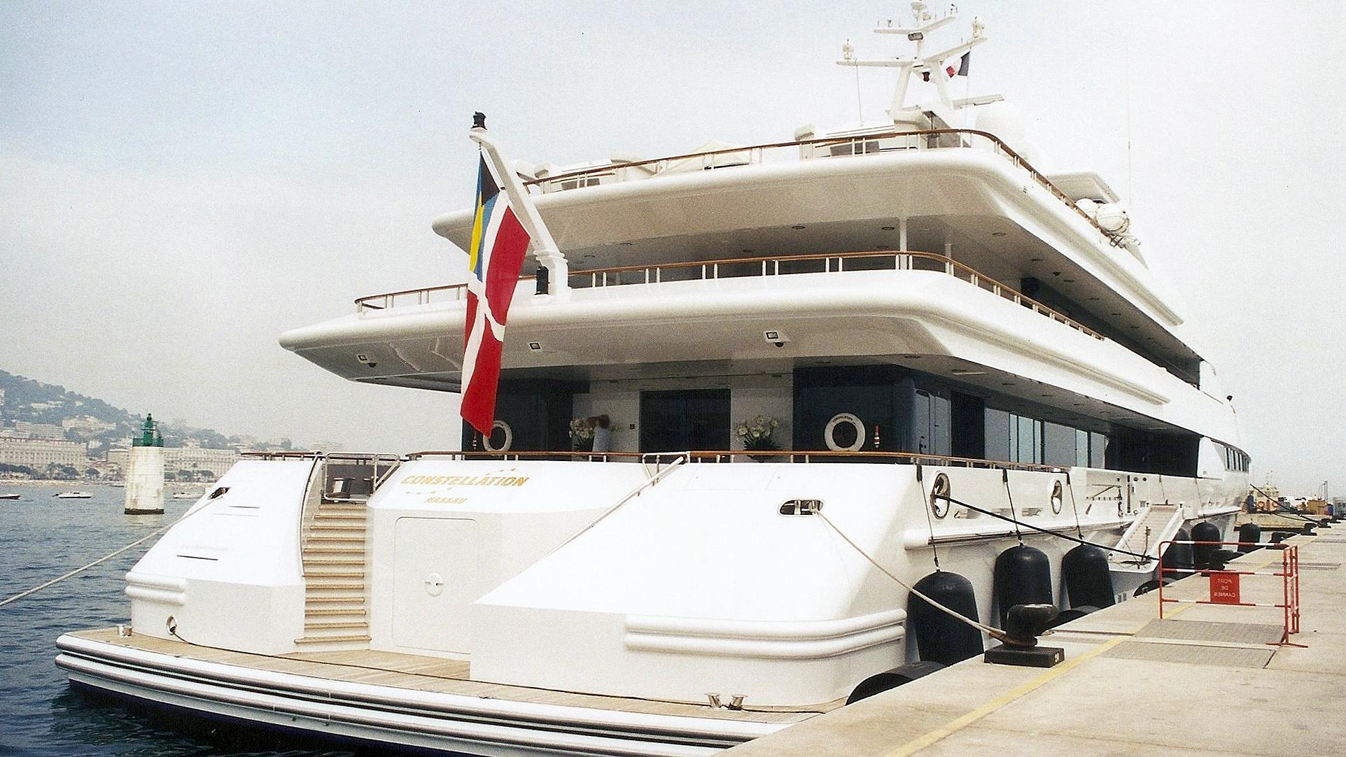 constellation-motor-yacht-oceanco-1999-80m-stern