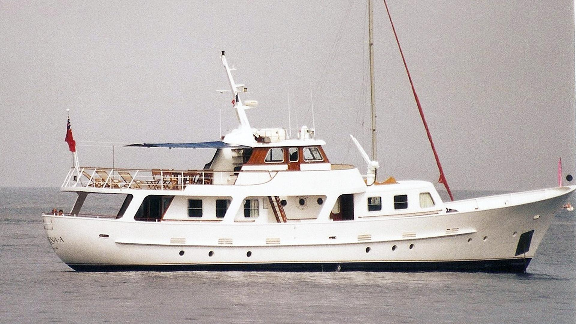 sirena-a-motor-yacht-cammenga-pacific-1970-26m-profile