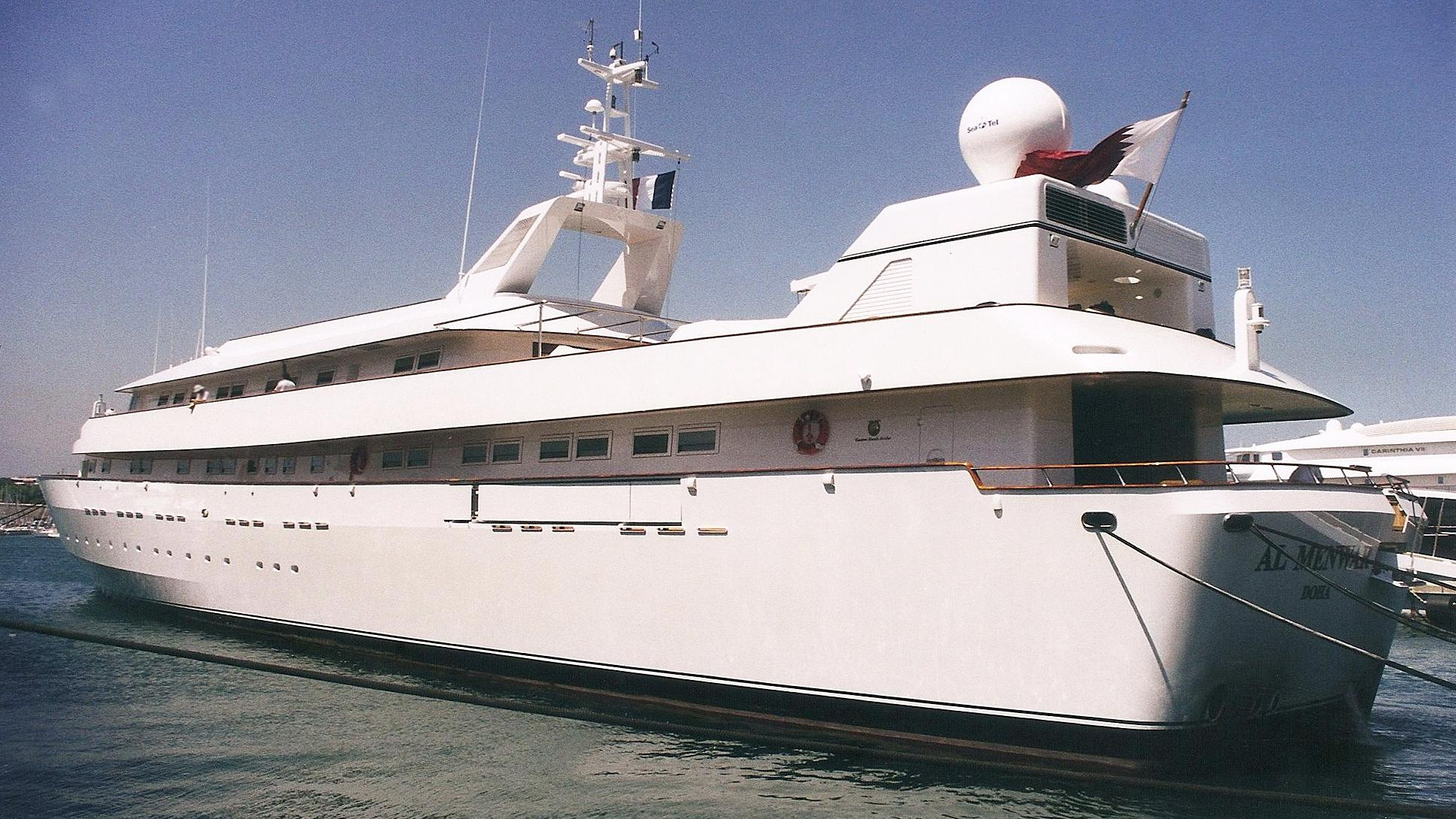 yaakun-motor-yacht-nicolini-1987-65m-moored-before-refit