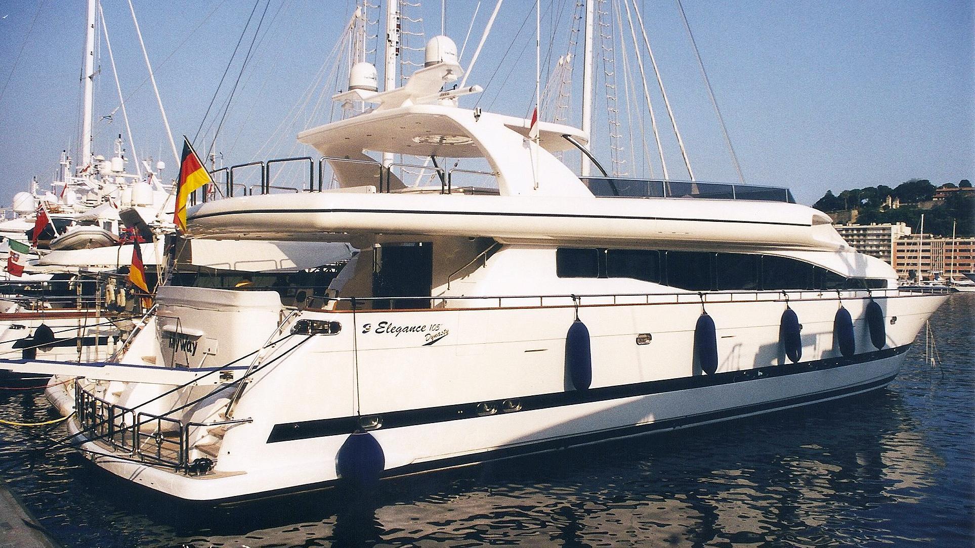 my-way-motor-yacht-horizon-drettmann-elegance-105-2002-32m-stern