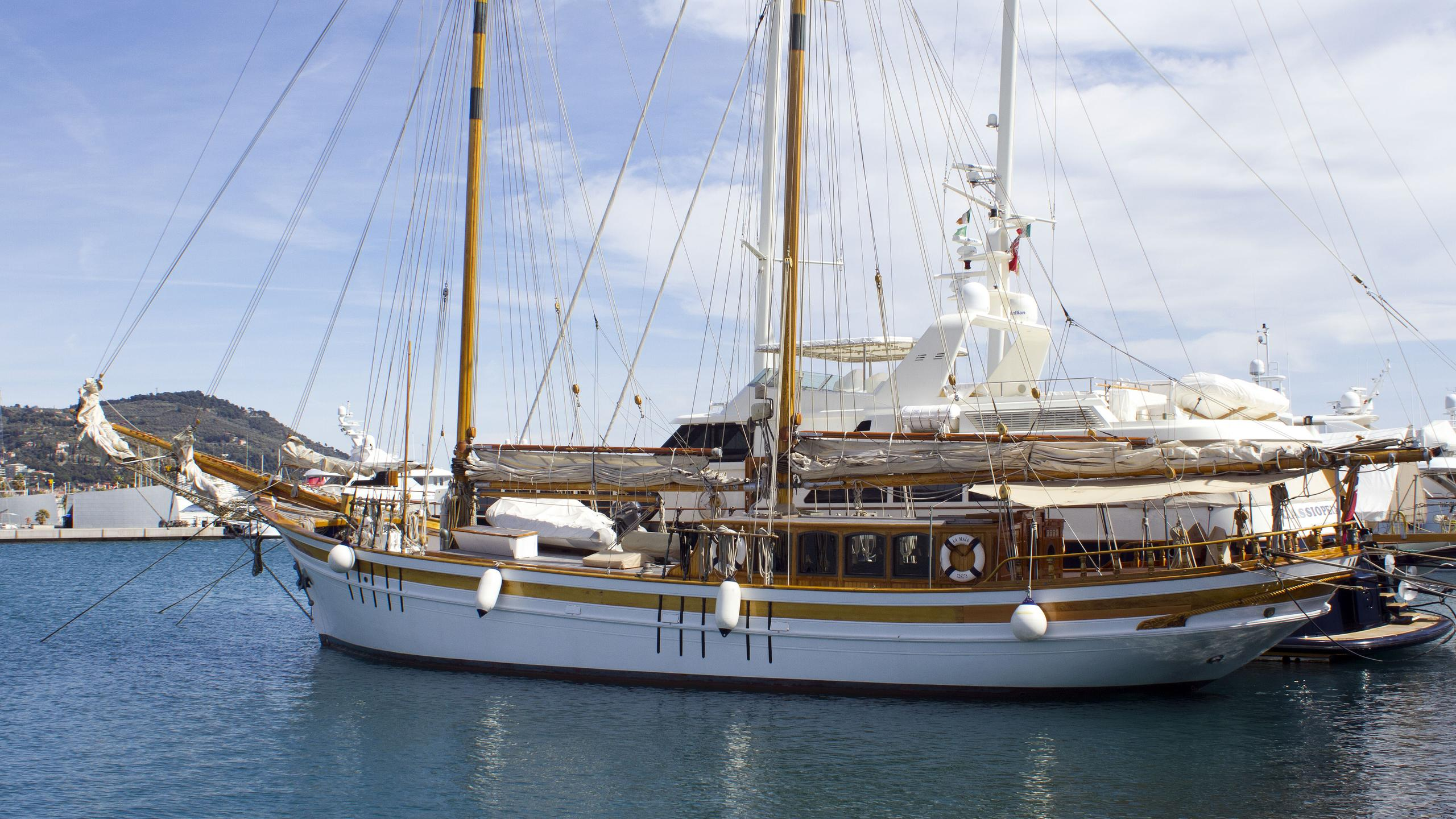 la-maia-sailing-yacht-psaros-1956-32m-profile
