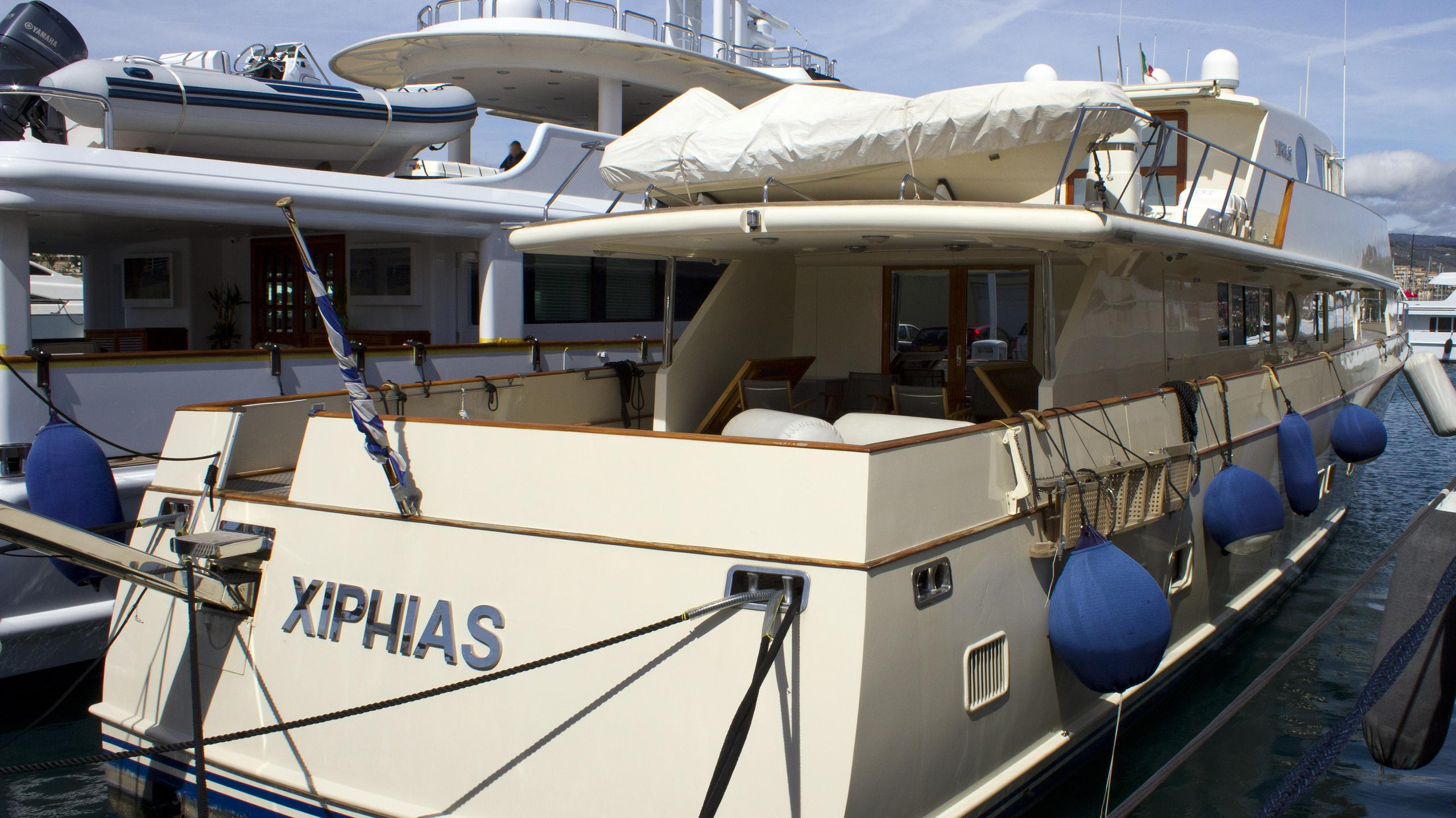 xiphias-motor-yacht-esterel-1973-32m-stern
