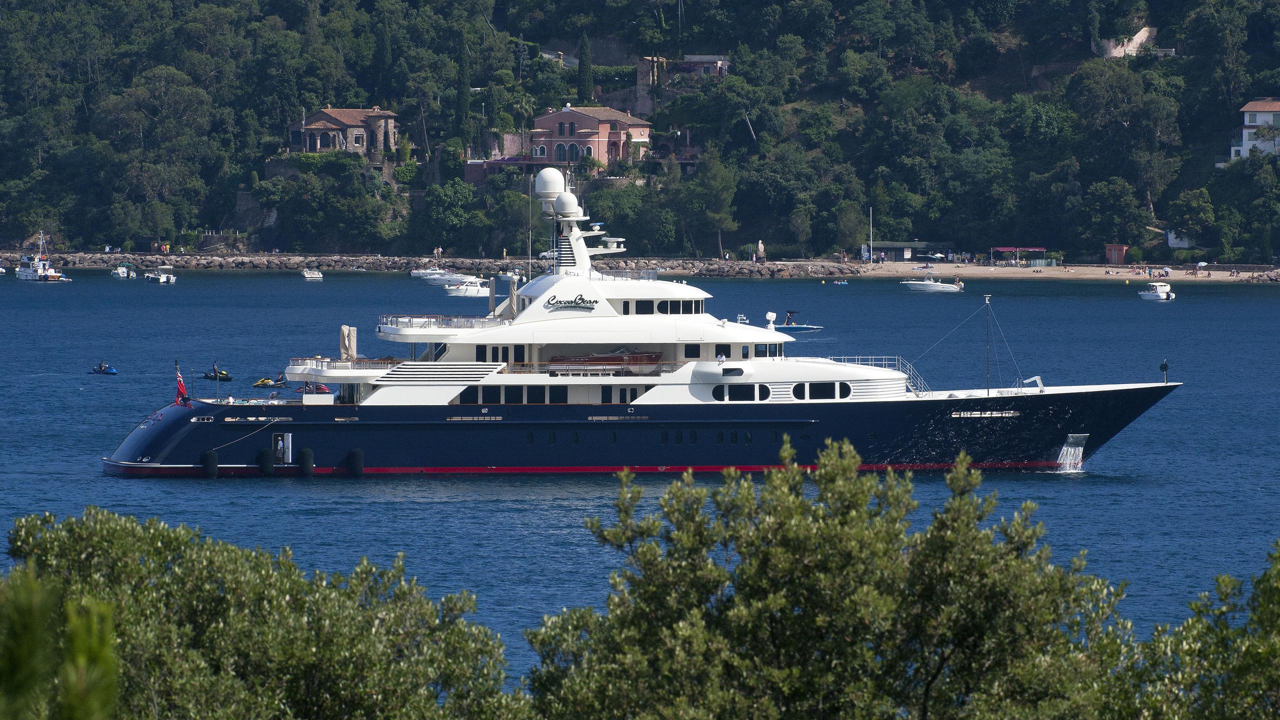 cocoa-bean-motor-yacht-trinity-2013-47m-profile
