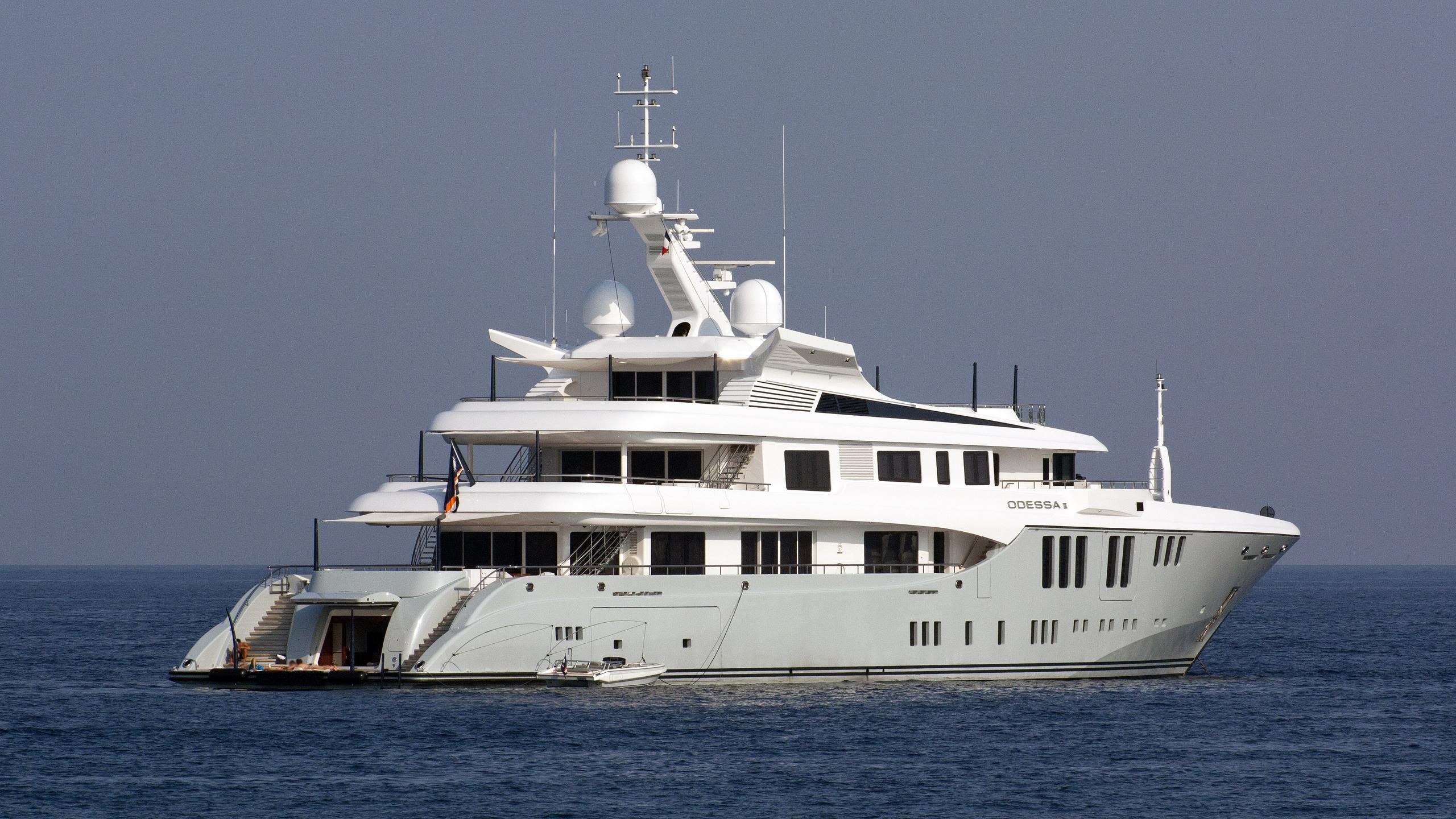 odessa-ii-motor-yacht-nobiskrug-2013-73m-half-profile