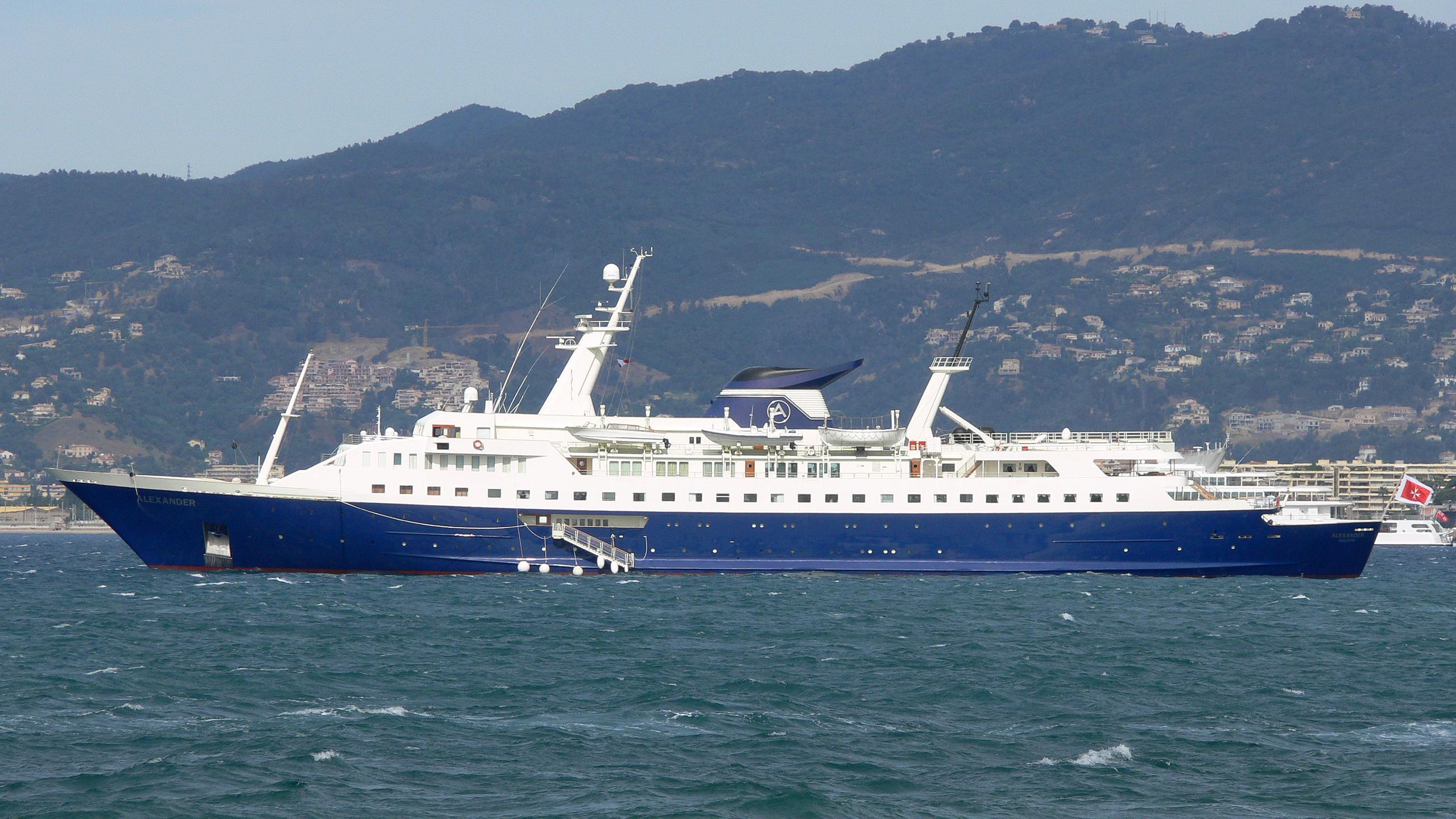 alexander-motor-yacht-lubecker-flender-werke-1965-122m-profile