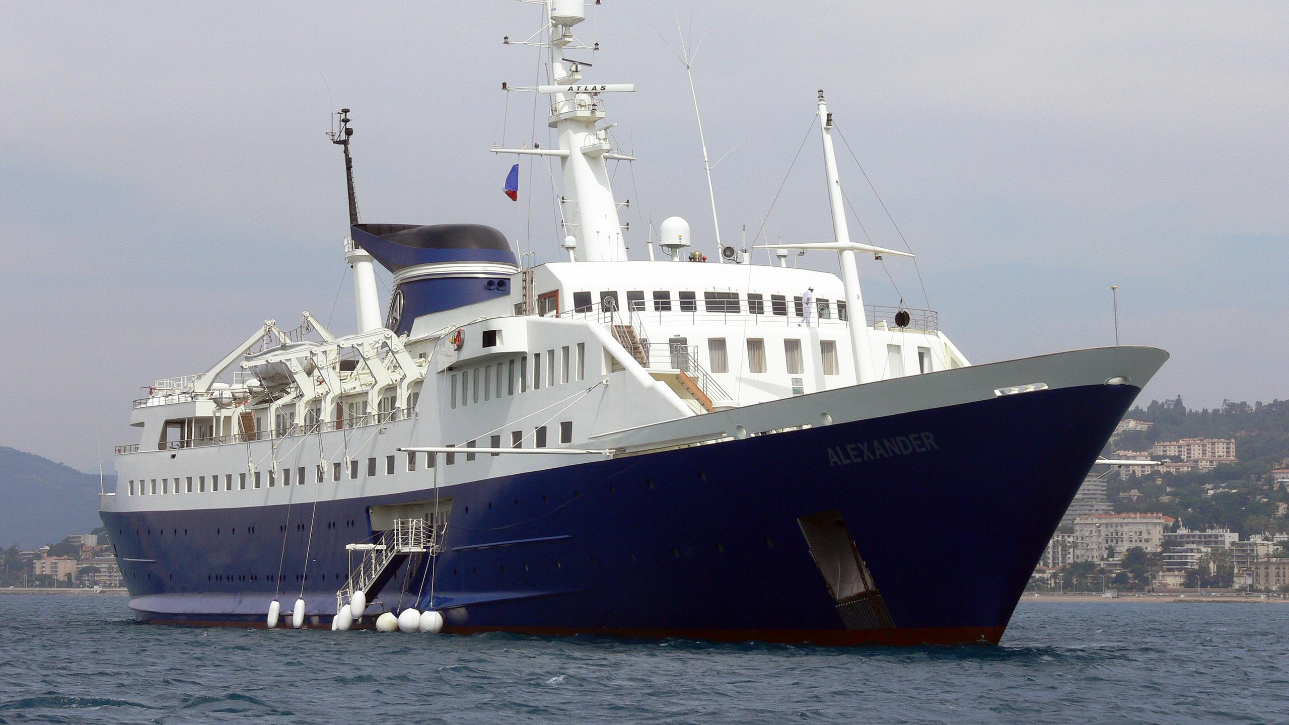alexander-motor-yacht-lubecker-flender-werke-1965-122m-bow