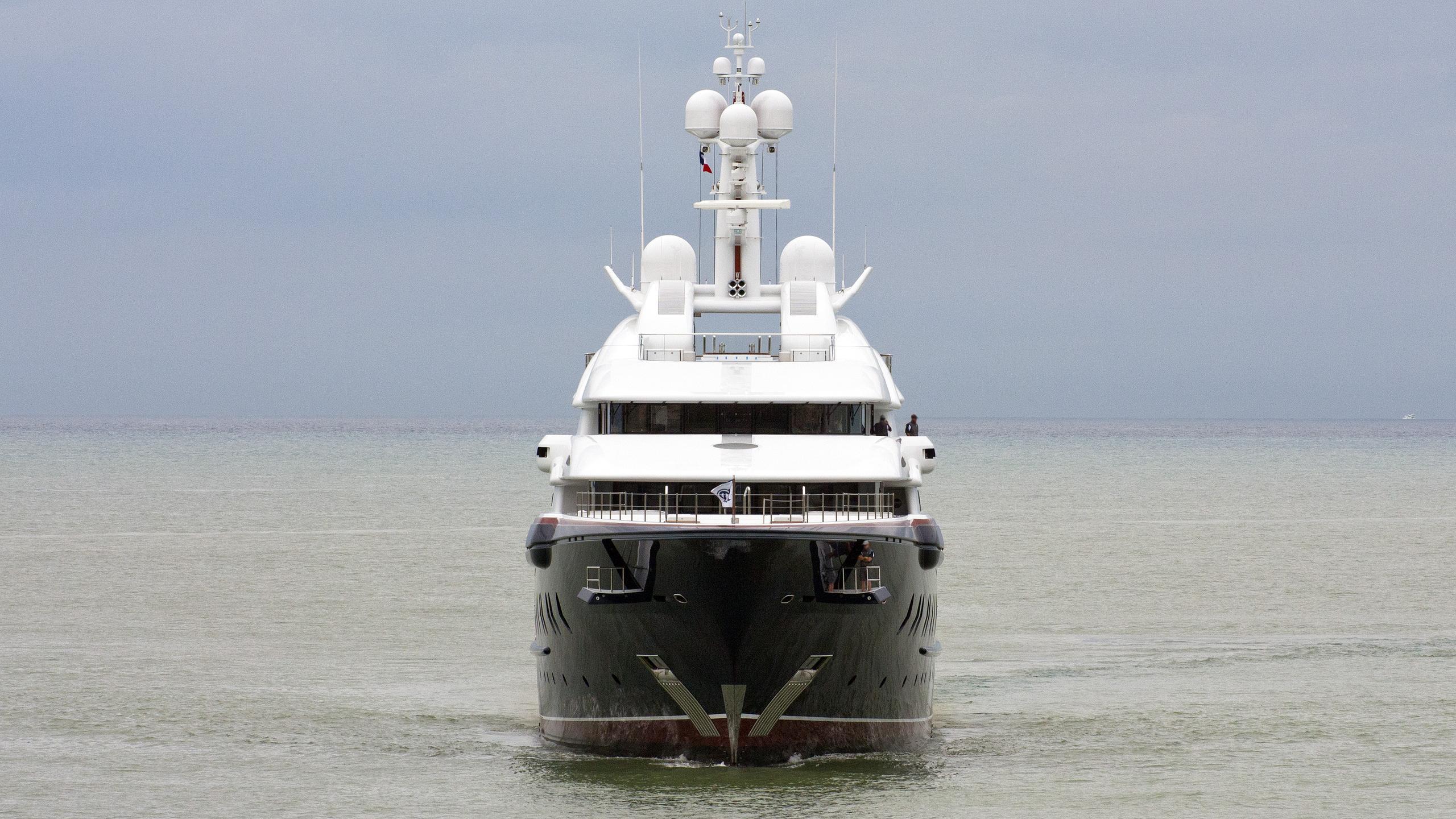 nirvana-motor-yacht-oceanco-2012-88m-bow