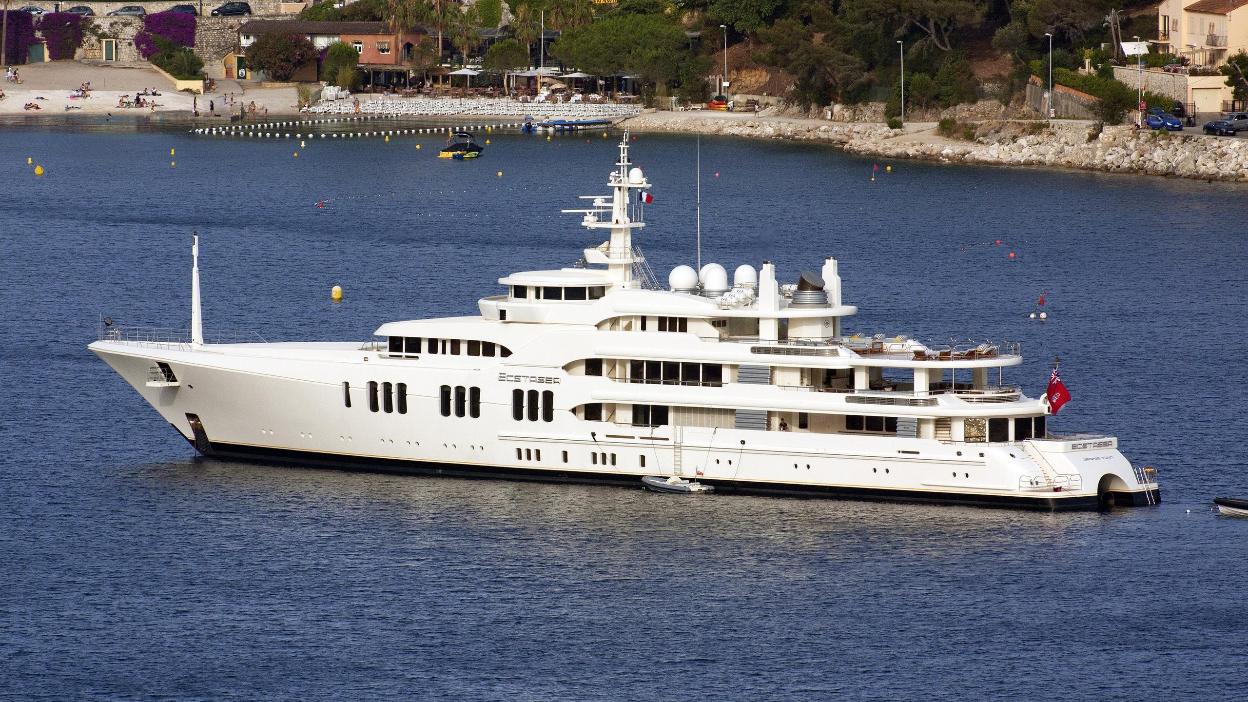 ecstasea-motor-yacht-feadship-2004-86m-profile