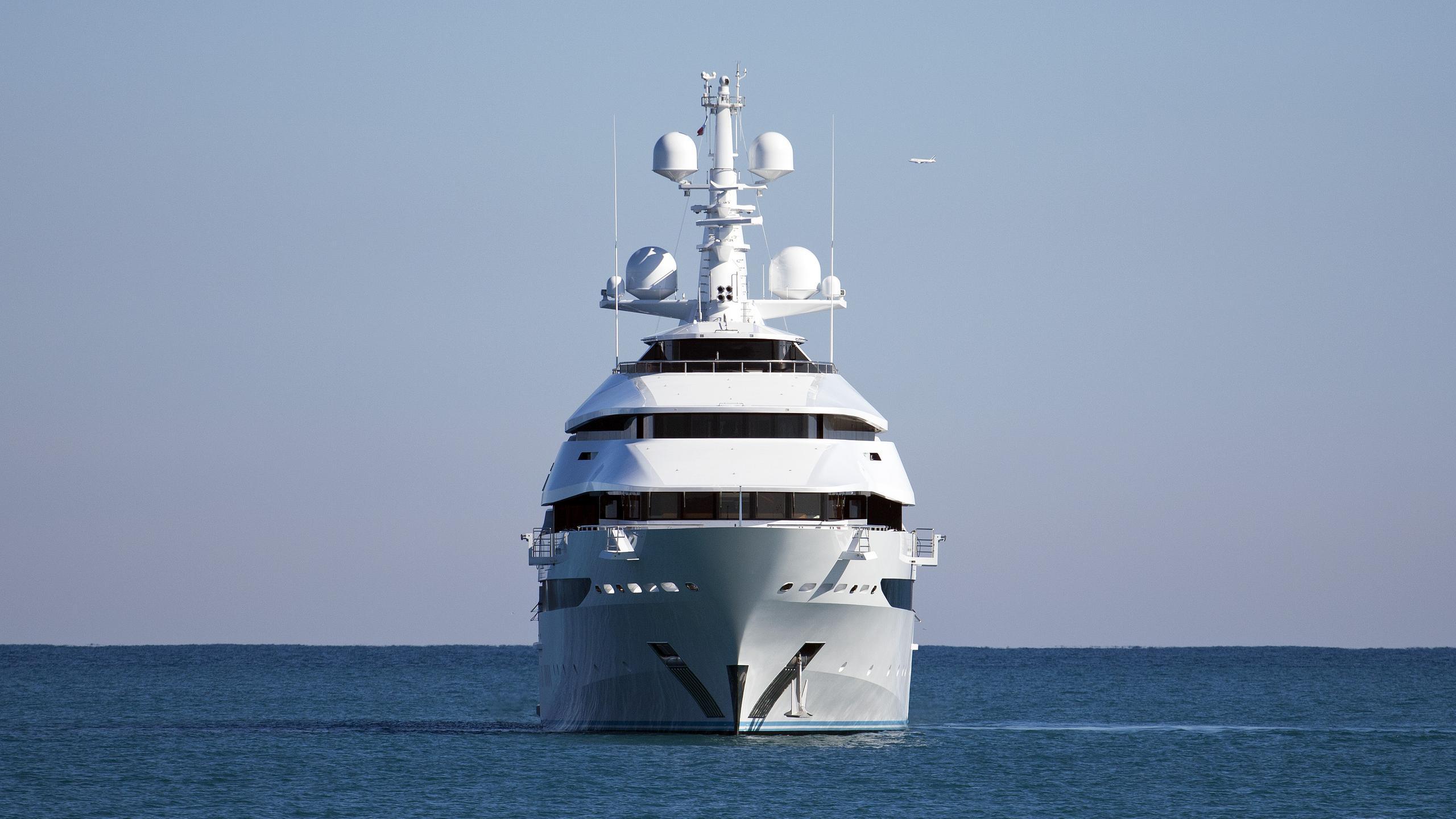 amore-vero-st-princess-olga-motor-yacht-oceanco-2013-86m-bow